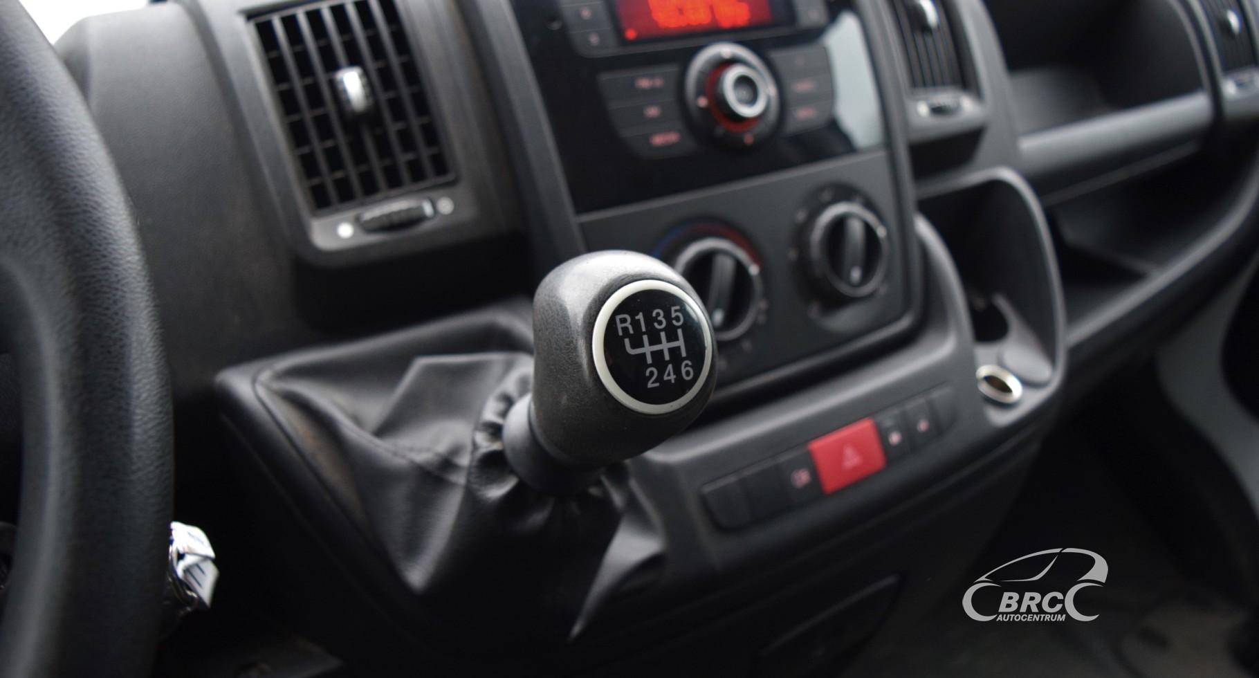 Peugeot Boxer dzinēja defekts