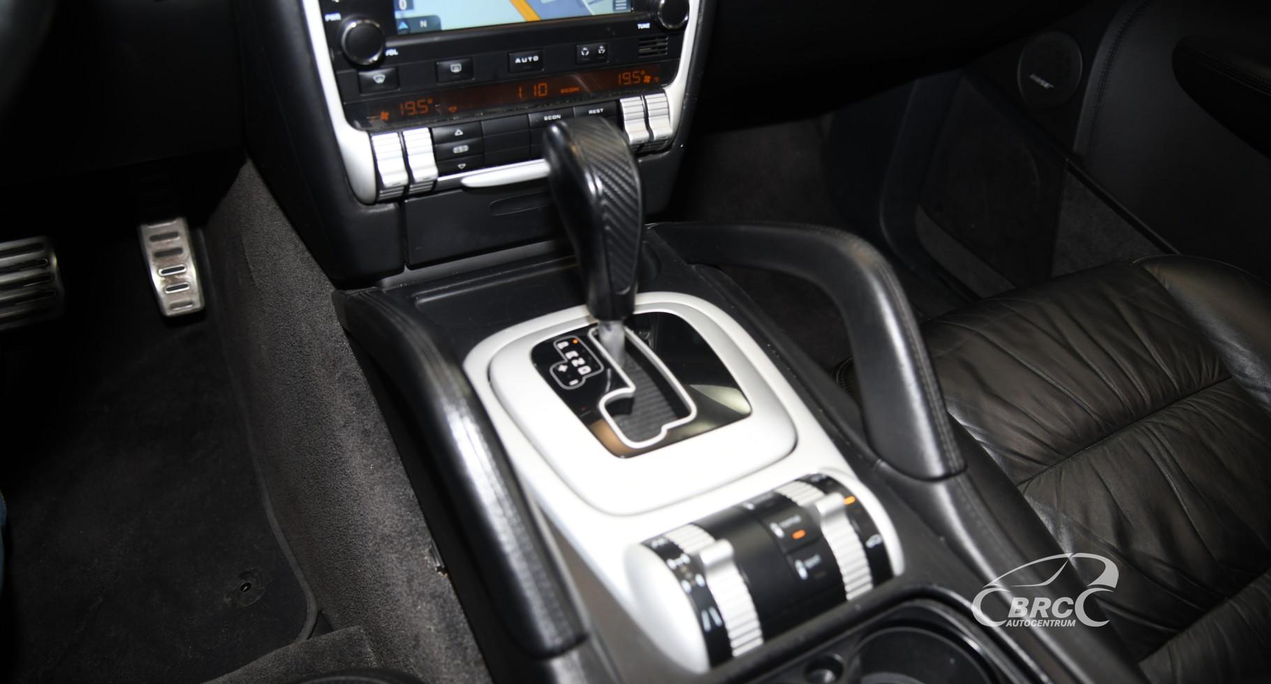 Porsche Cayenne Turbo 4.5 V8 Automatas