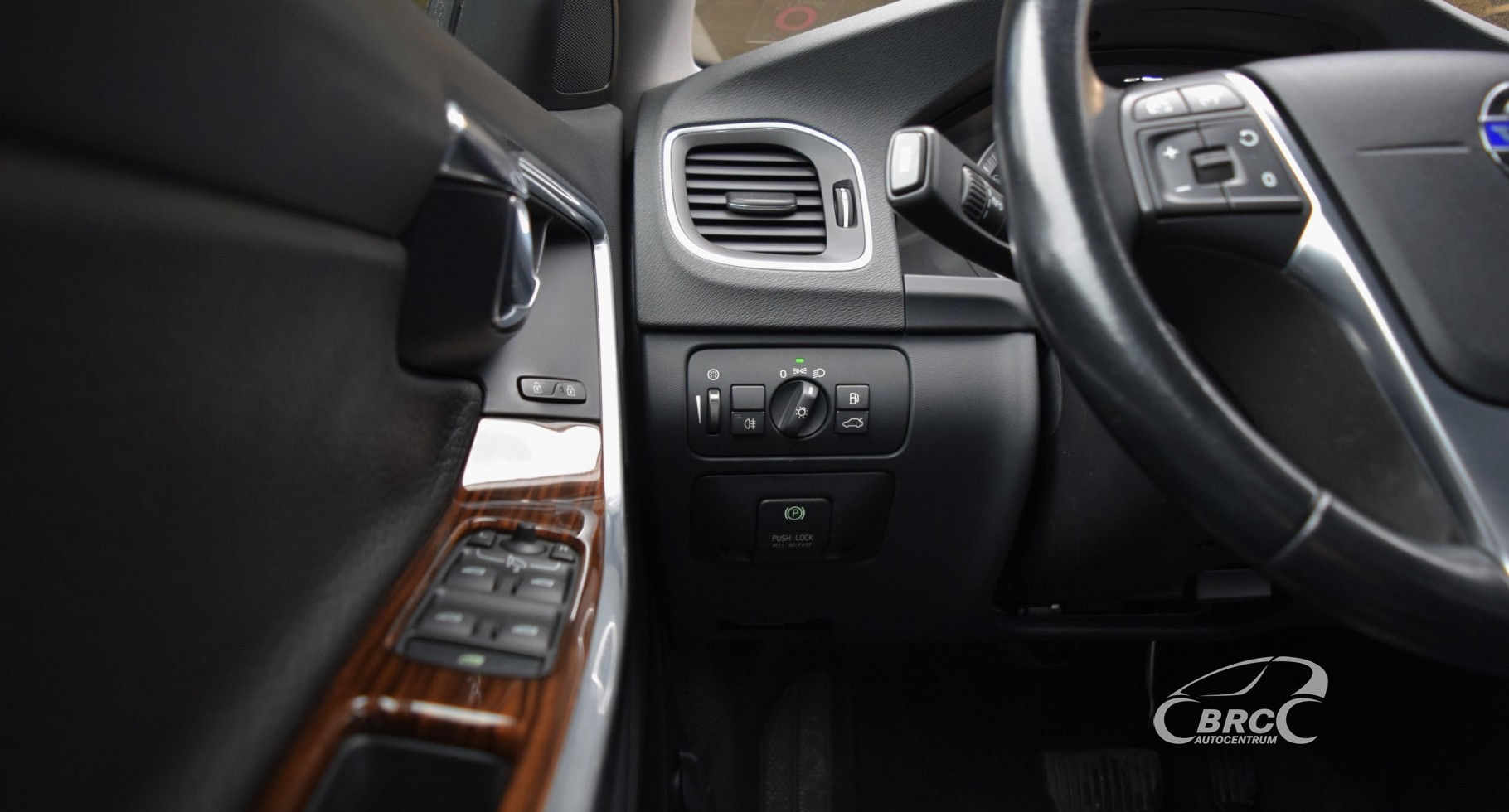 Volvo S60 Sedan D3