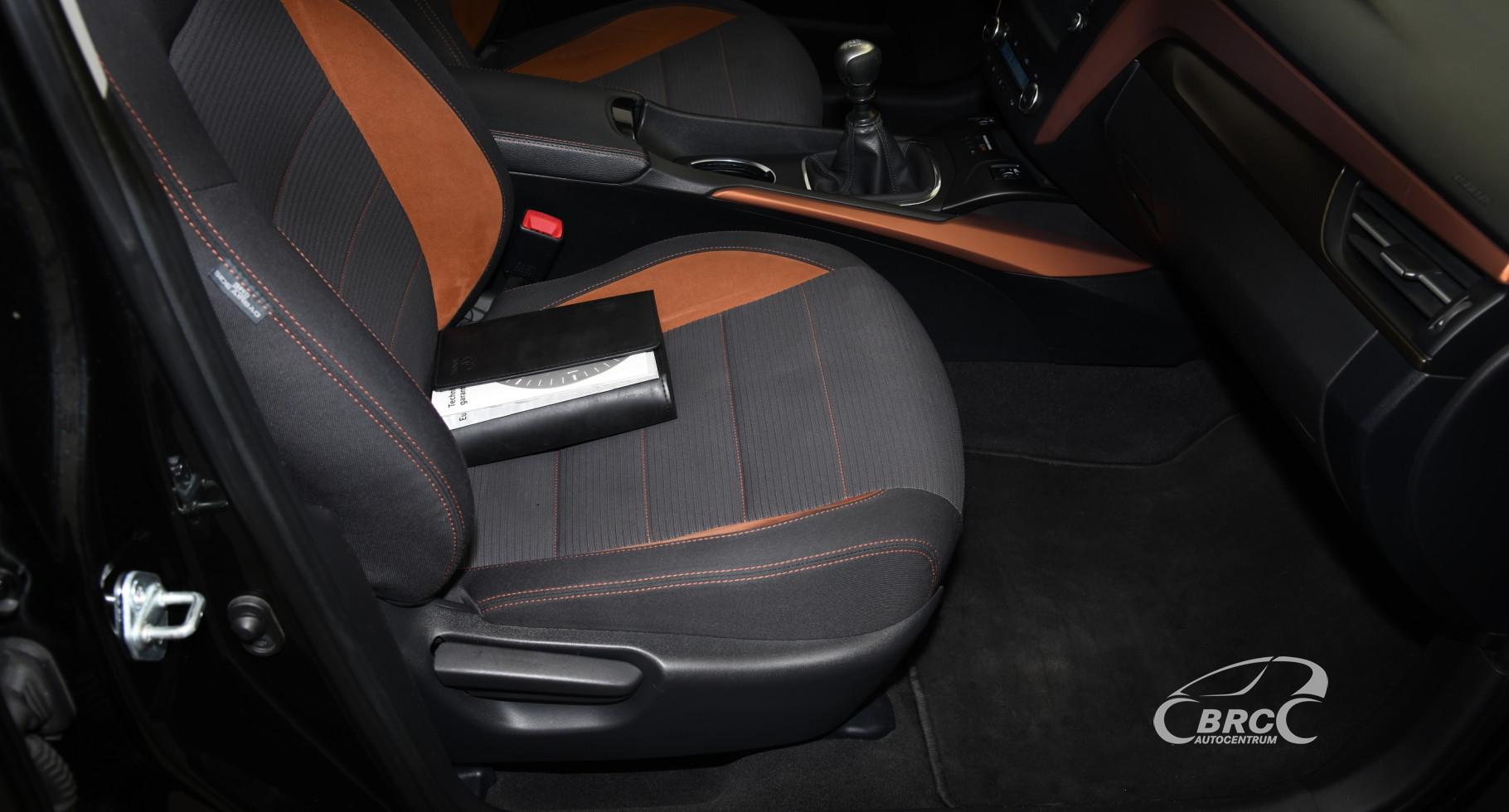 Toyota Avensis 1.8i Valvematic Active