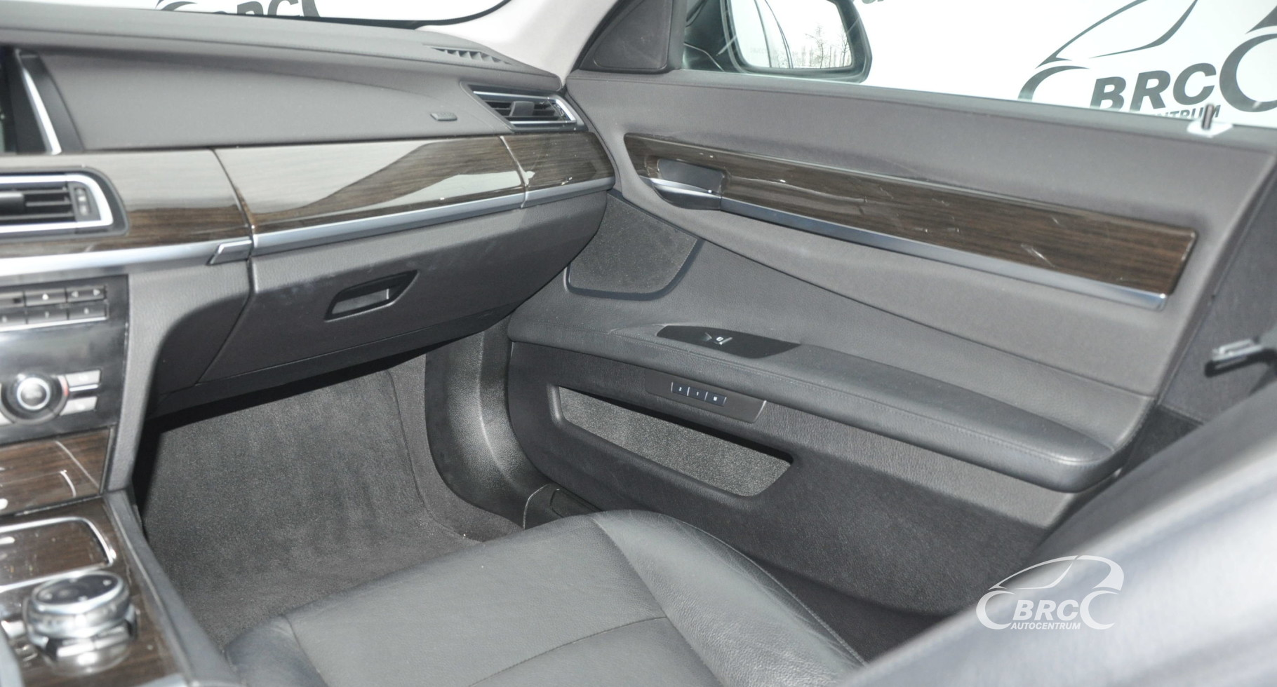 BMW 740 i Automatas