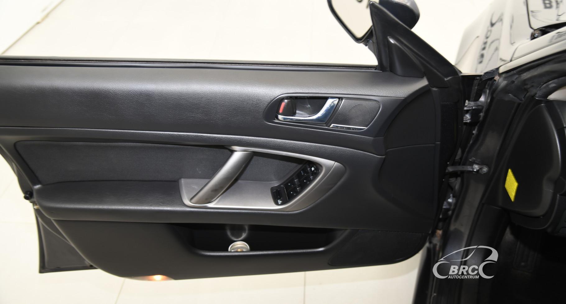 Subaru Legacy 2.5 AWD Automatas