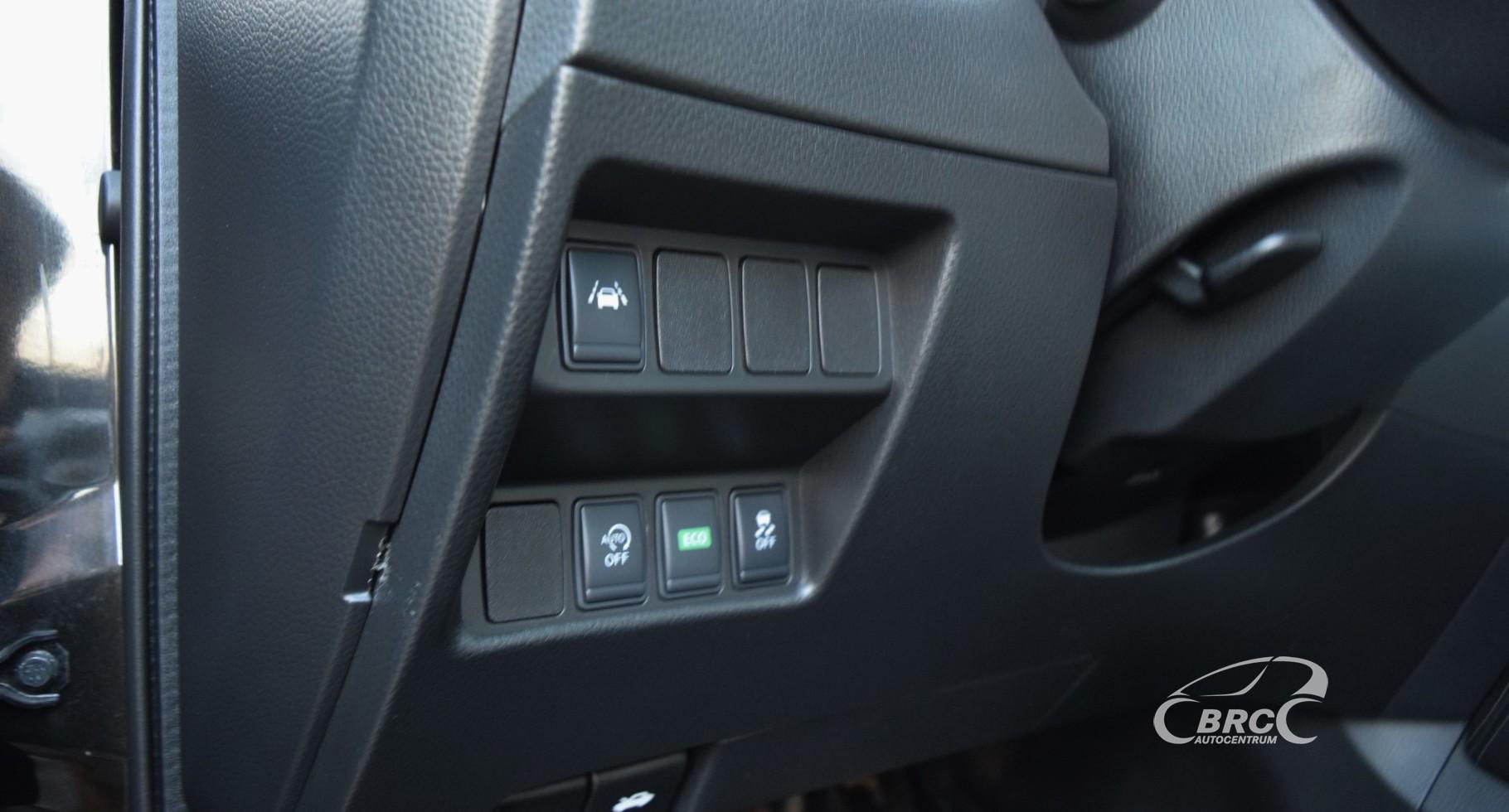 Nissan Qashqai N-Connecta  A/T