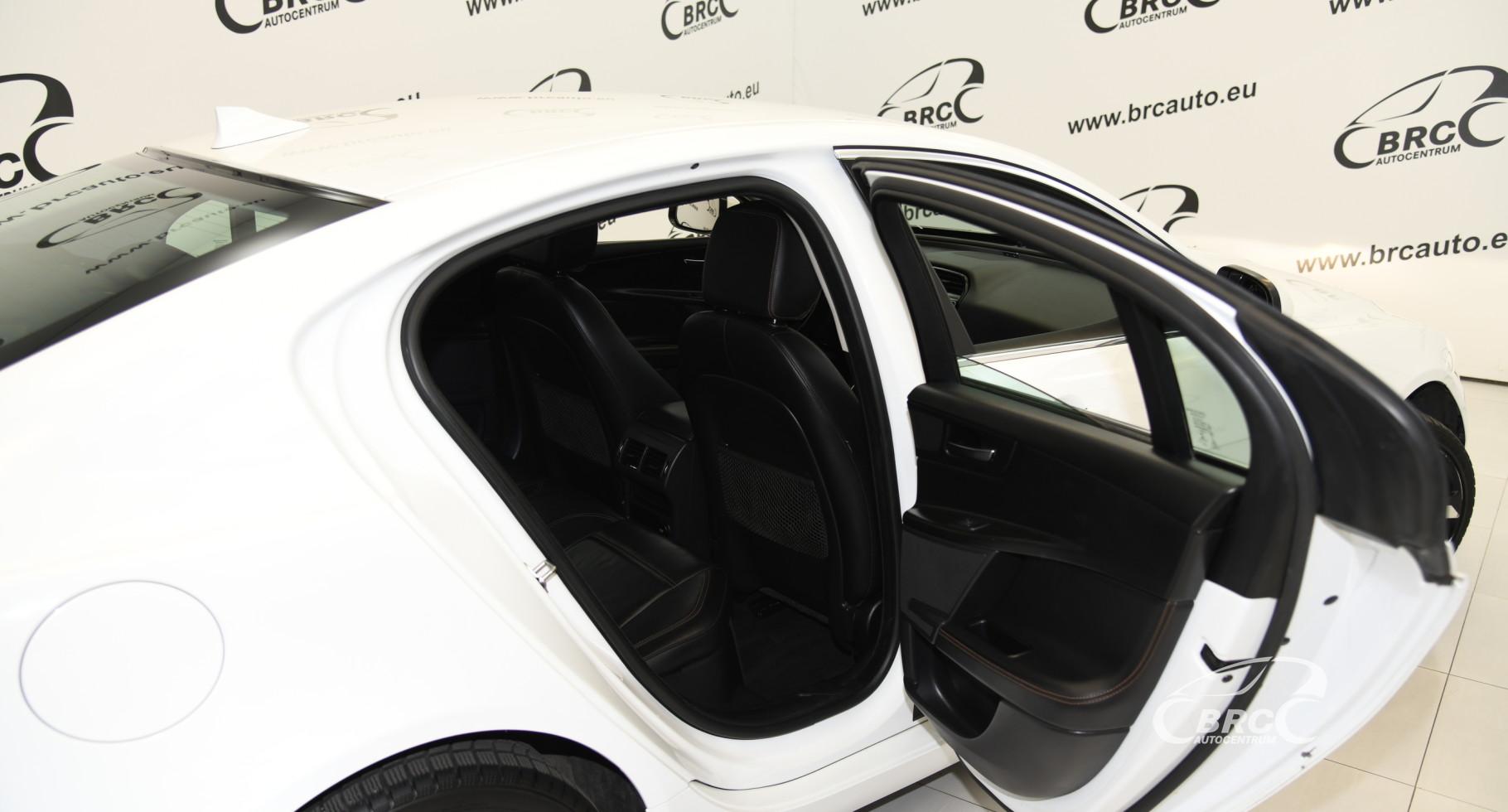 Jaguar XE 2.0d Automatas