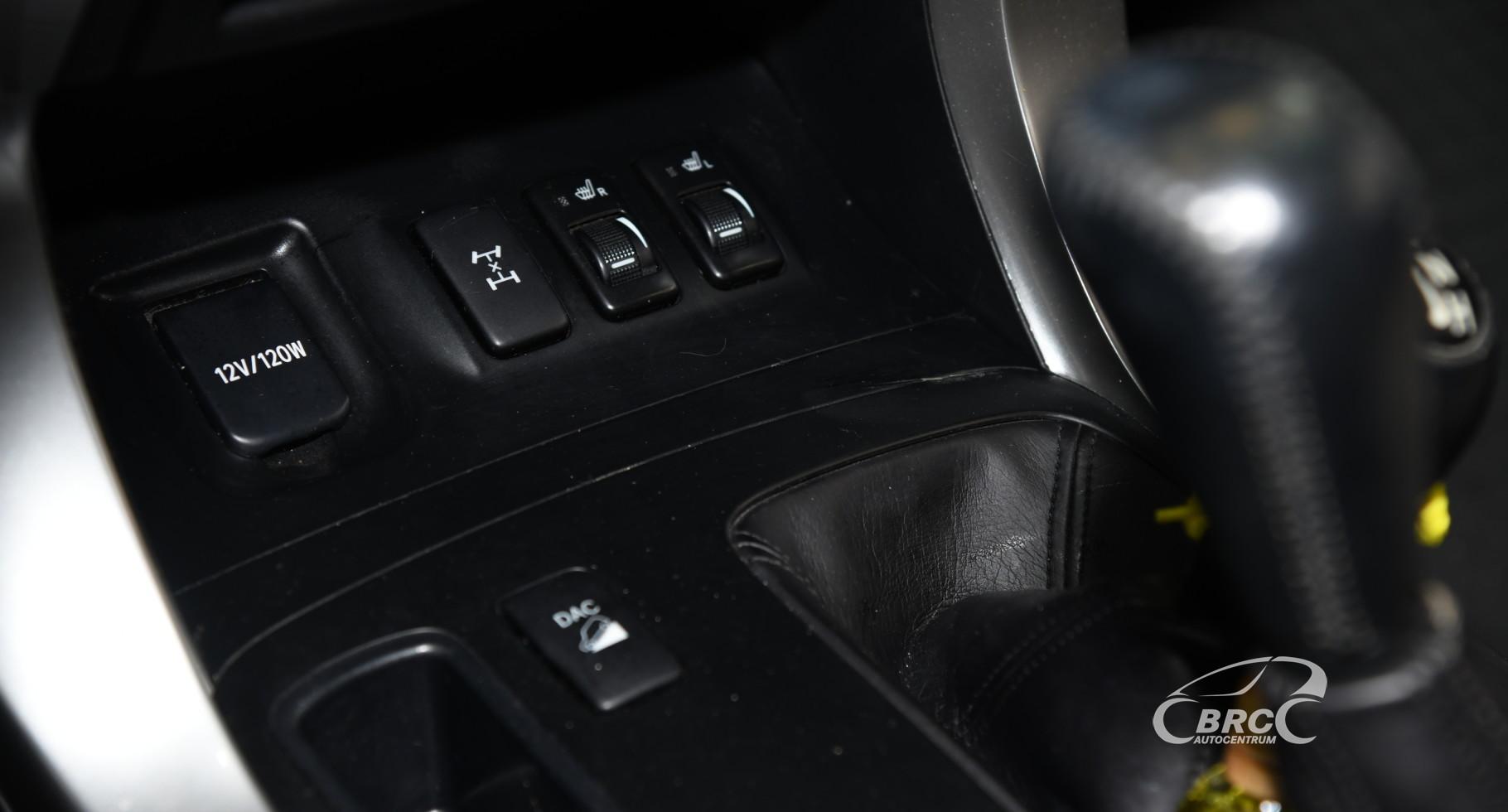Toyota Land Cruiser 3.0 D-4D 120 - series Automatas