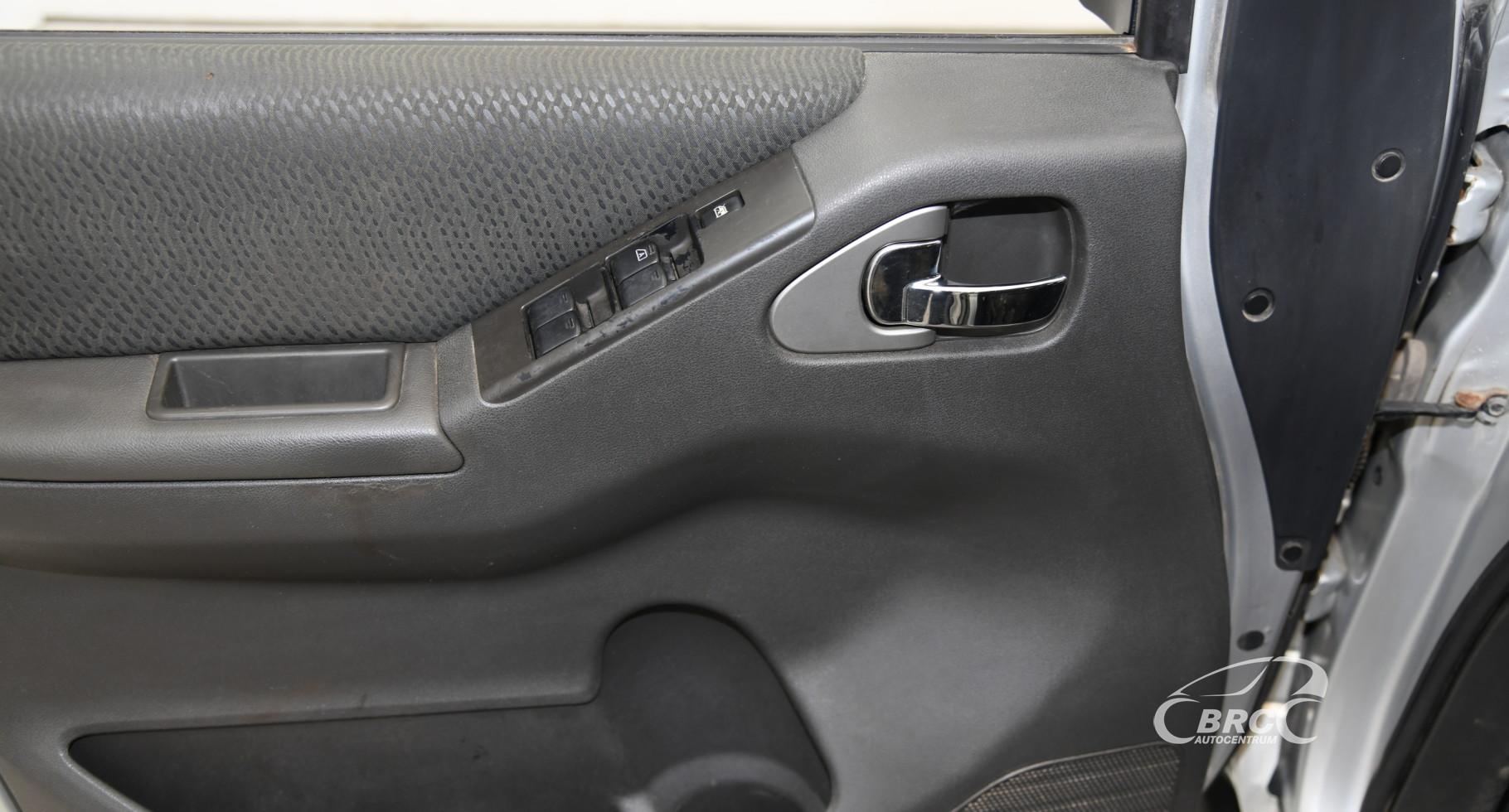 Nissan Navara 2.5 dCi AWD GSE