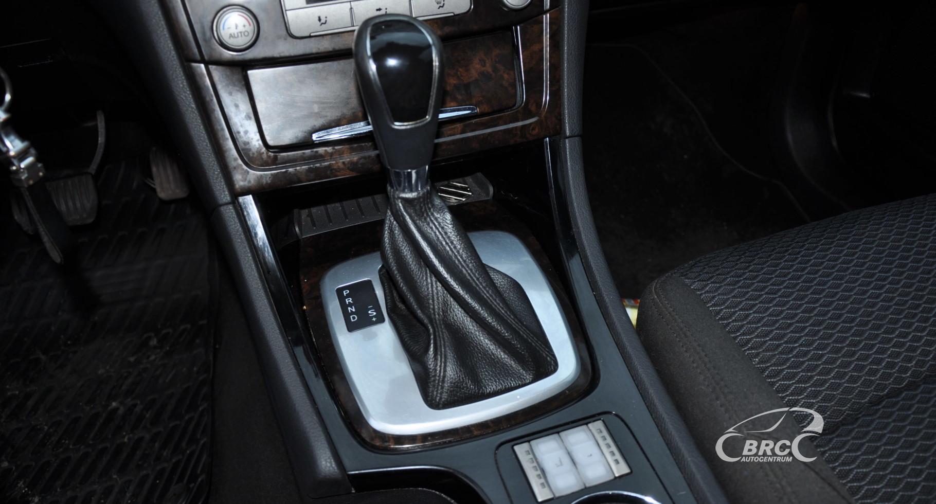 Ford Mondeo 2.3i Ghia Automatas BE VARIKLIO IR GREIČIŲ DĖŽĖS