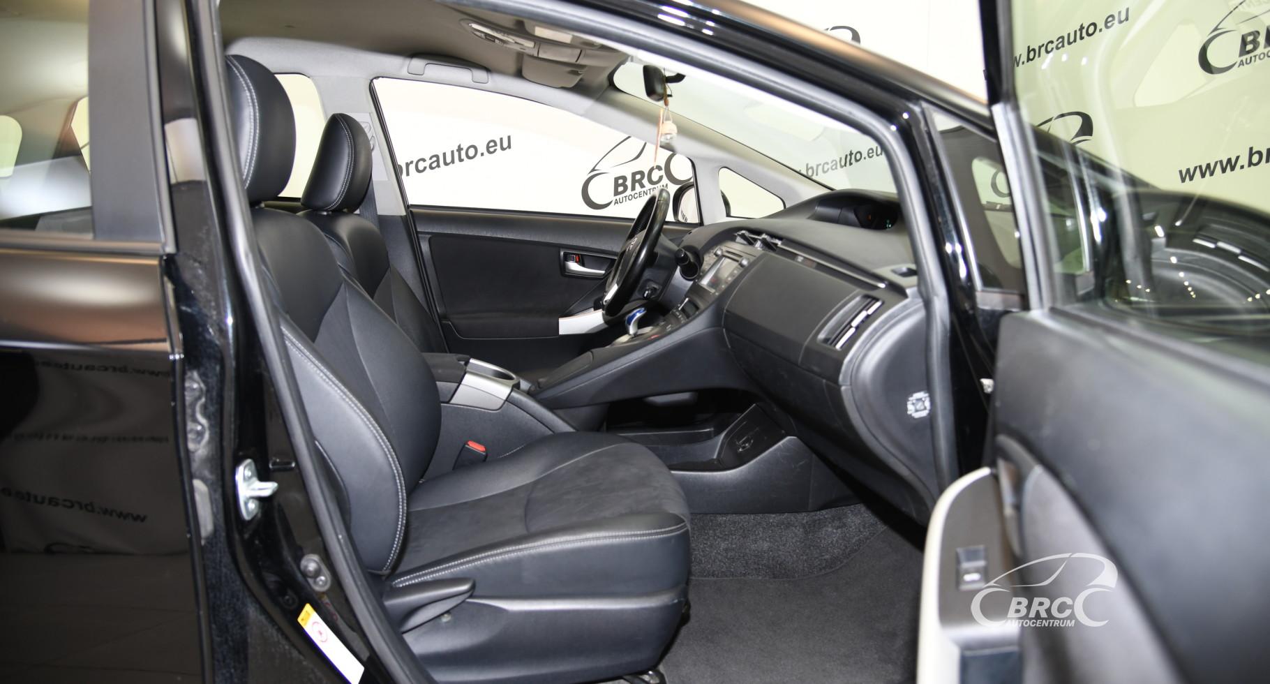 Toyota Prius 1.8i Hybrid Automatas