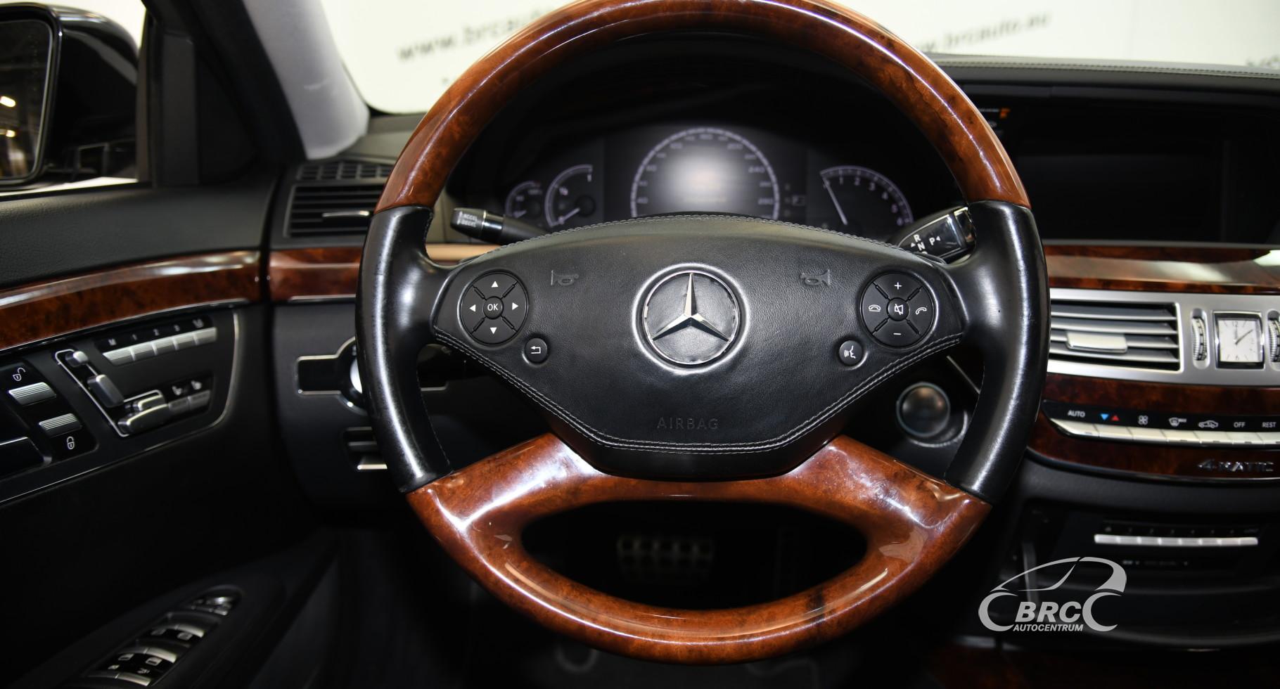 Mercedes-Benz S 550 4 Matic AMG Automatas
