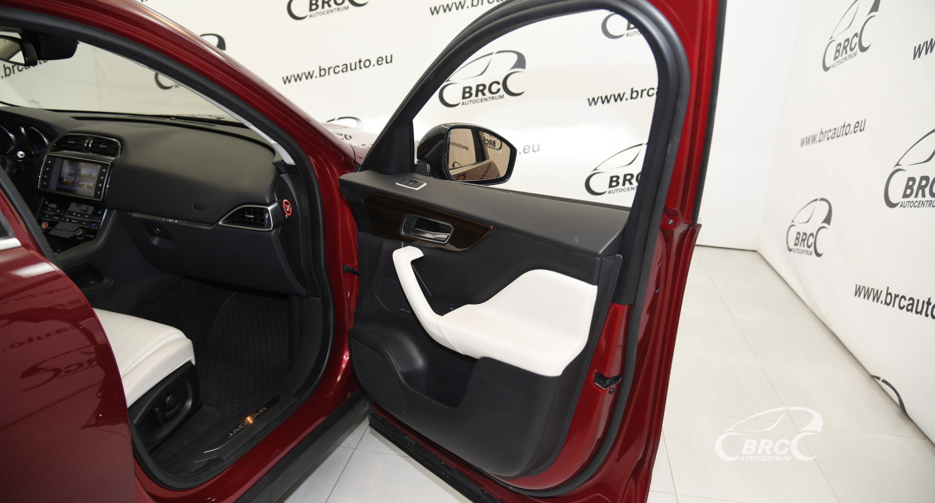 Jaguar F-Pace 35t AWD Prestige Automatas