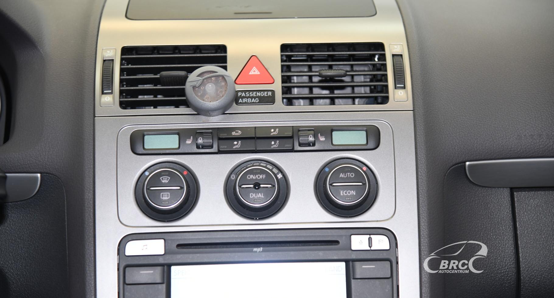Volkswagen Touran 1.4 TSI DSG Automatas