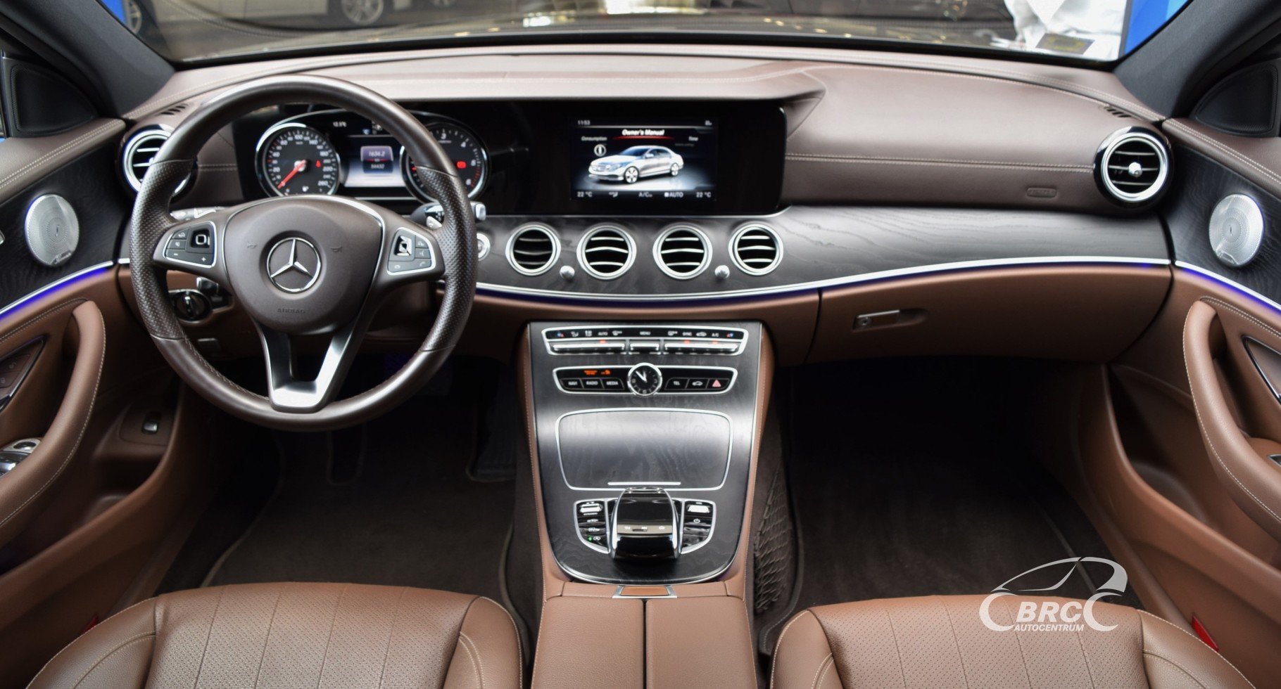 Mercedes-Benz E 220 4MATIC AMG Desing