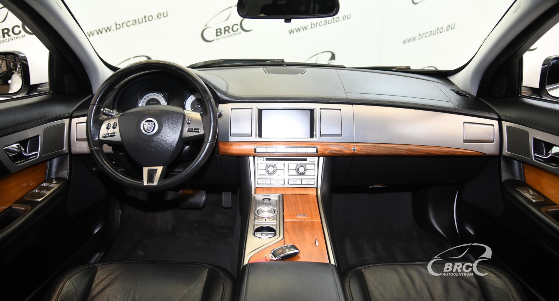 Jaguar XF 3.0d Luxury Automatas