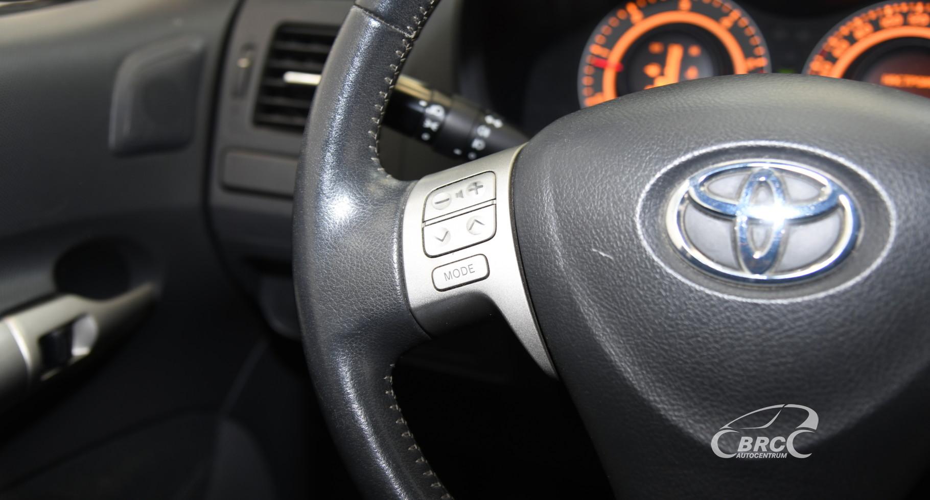 Toyota Auris 2.0 D-4D Linea Sol