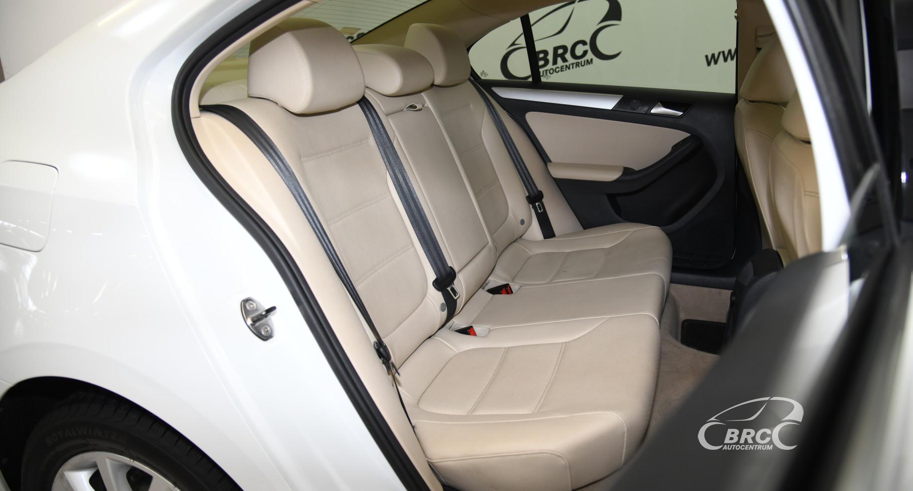 Volkswagen Jetta 1.8 TSI Comfort SE Automatas
