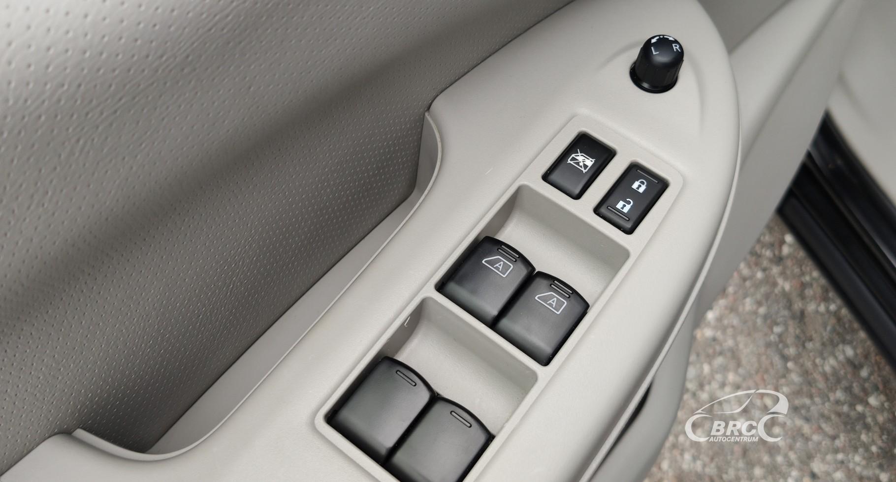 Nissan Quest SL 3.5 V6 LPG Automatas