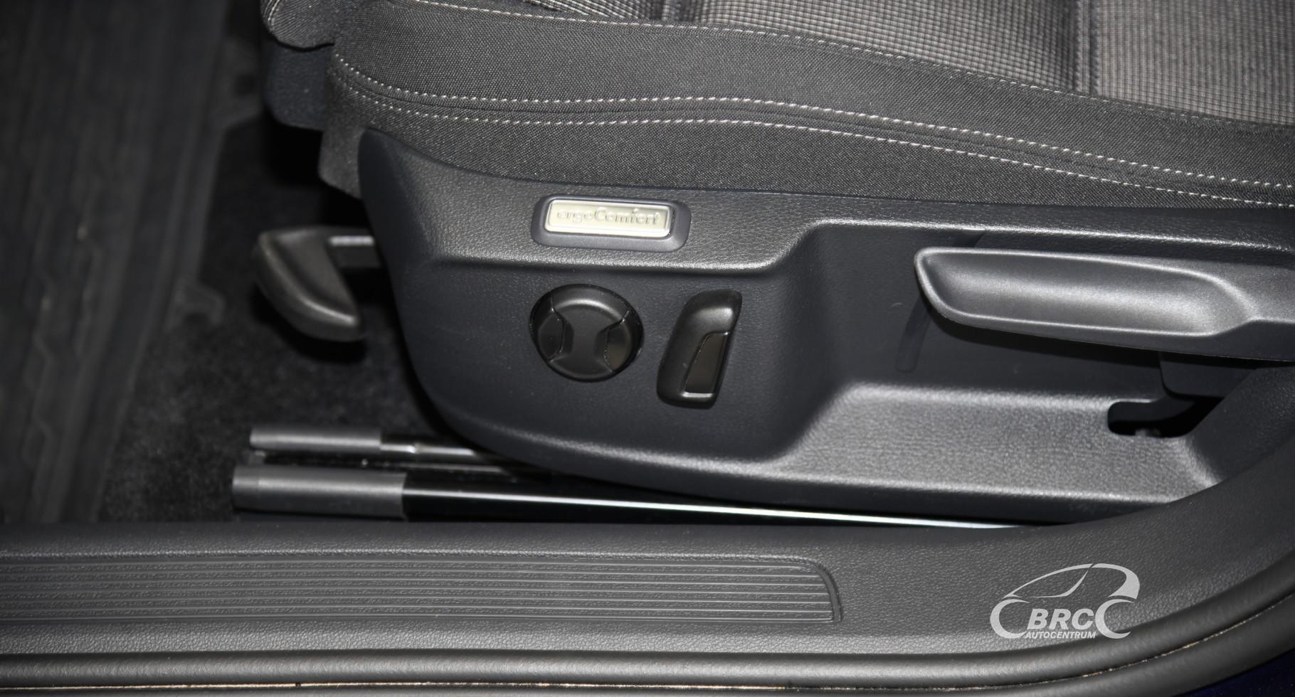 Volkswagen Passat 1.5 TSI DSG Comfort Automatas