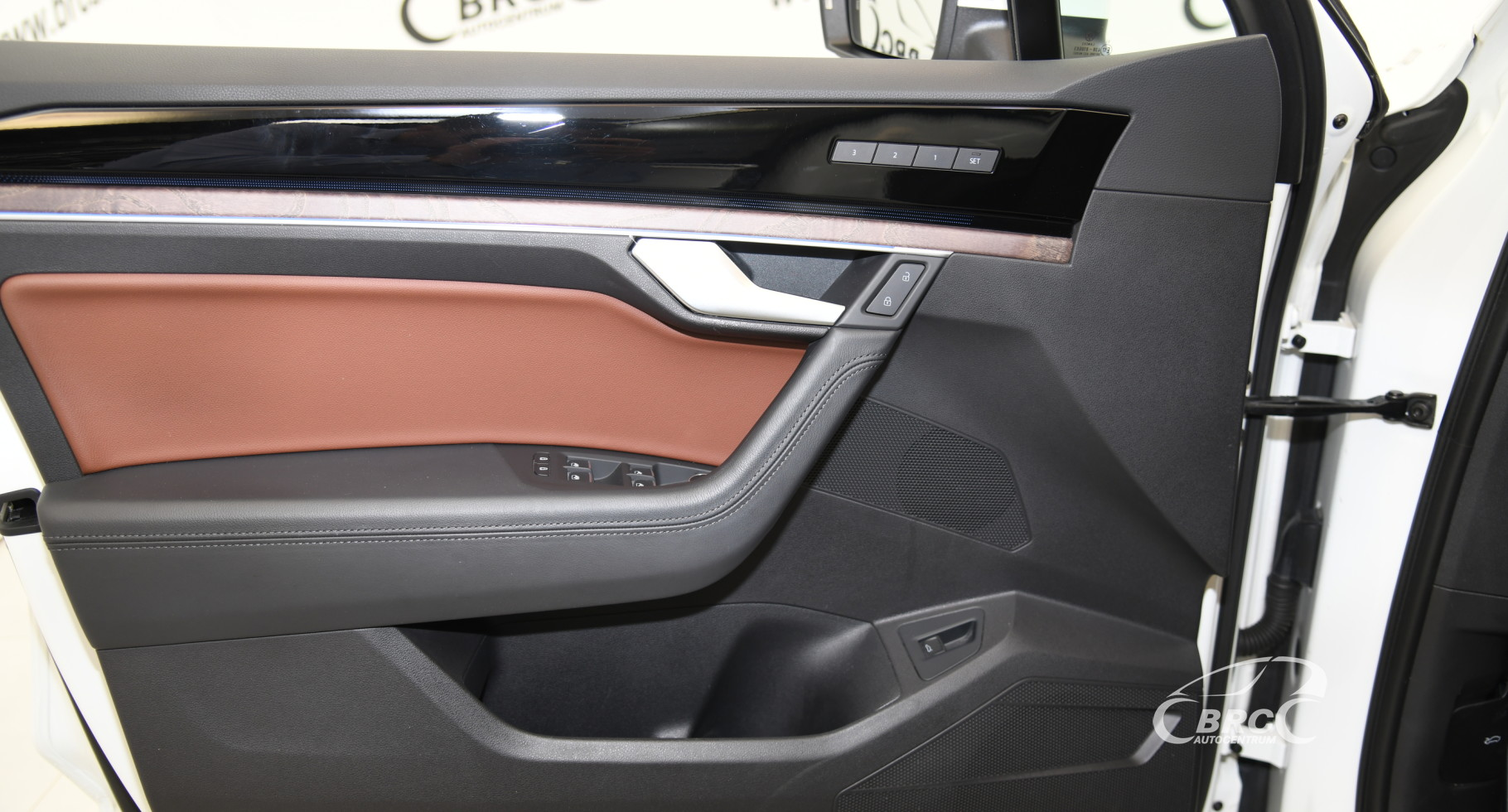 Volkswagen Touareg 3.0 TDI R-Line 4Motion Automatas