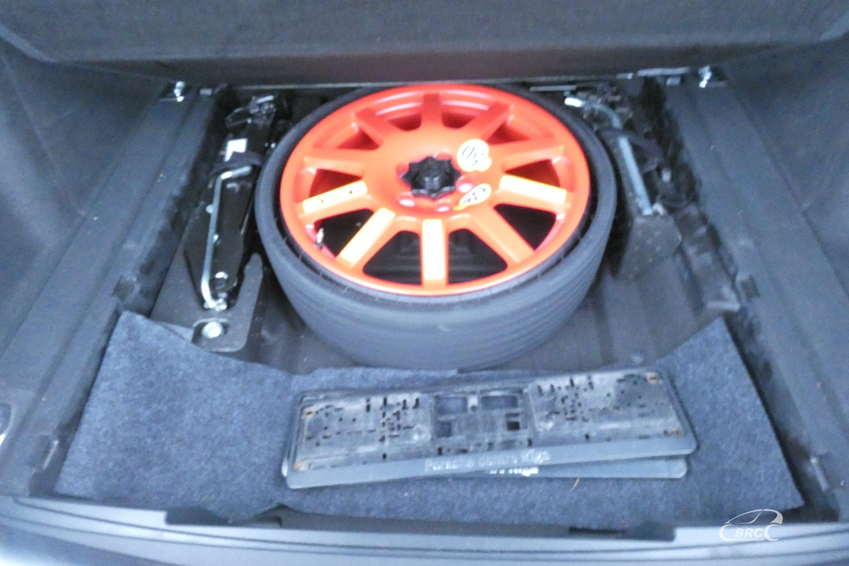 Porsche Macan Turbo A/T