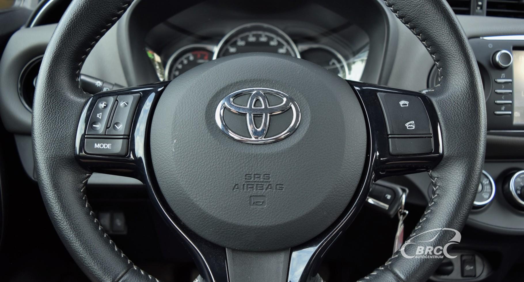 Toyota Yaris M/T