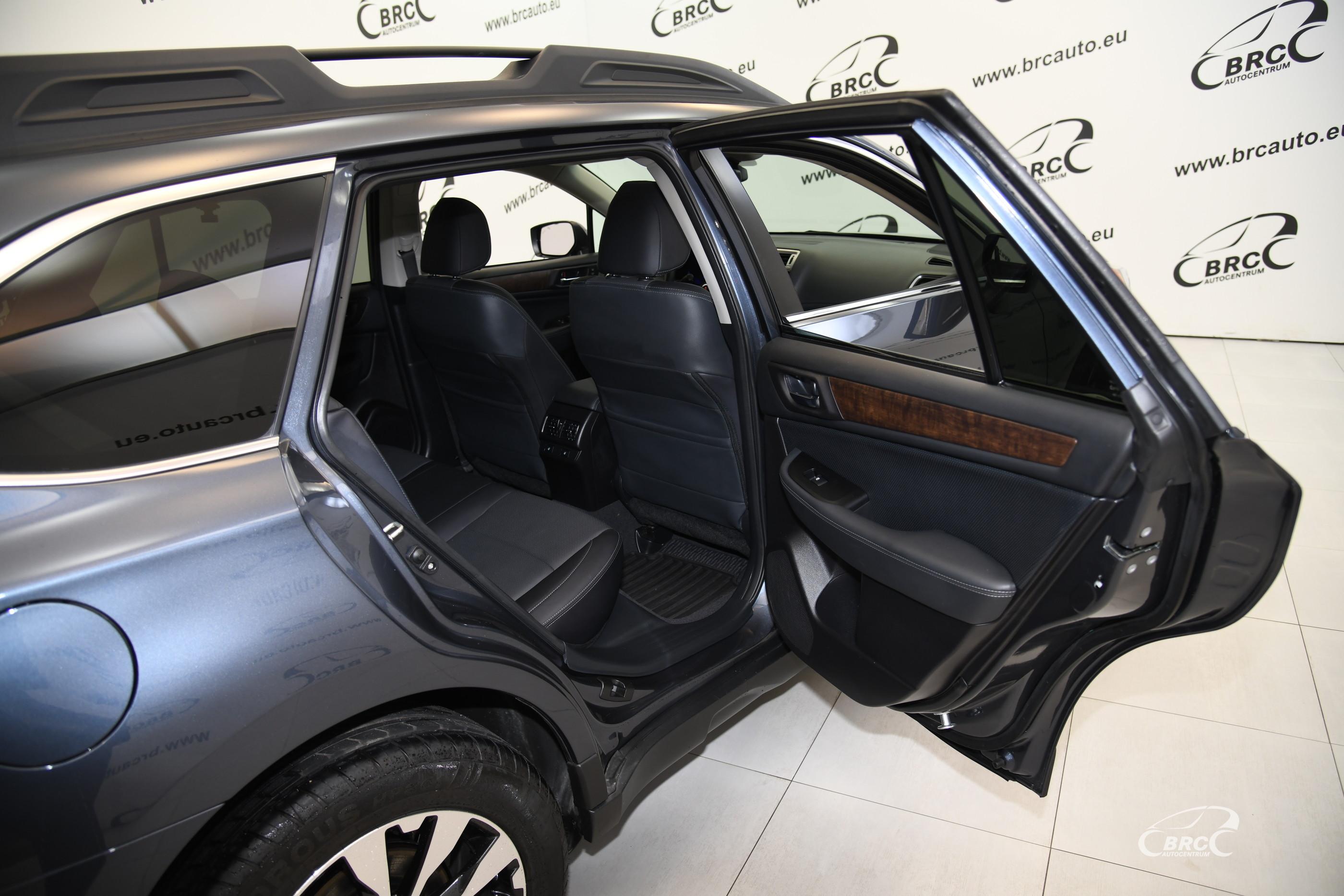 Subaru Outback 3.6R Symmetrical AWD Automatas