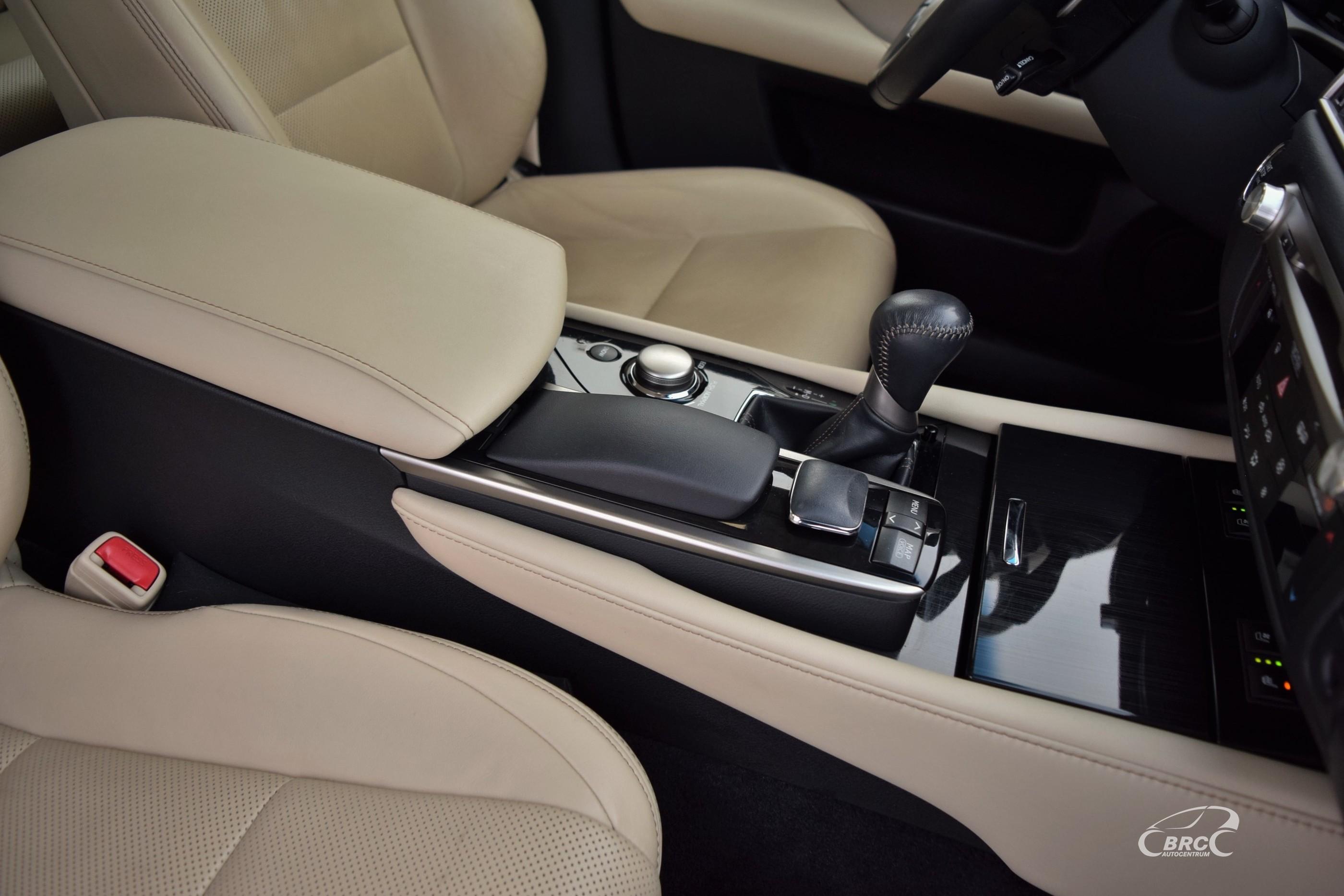Lexus GS 250 A/T