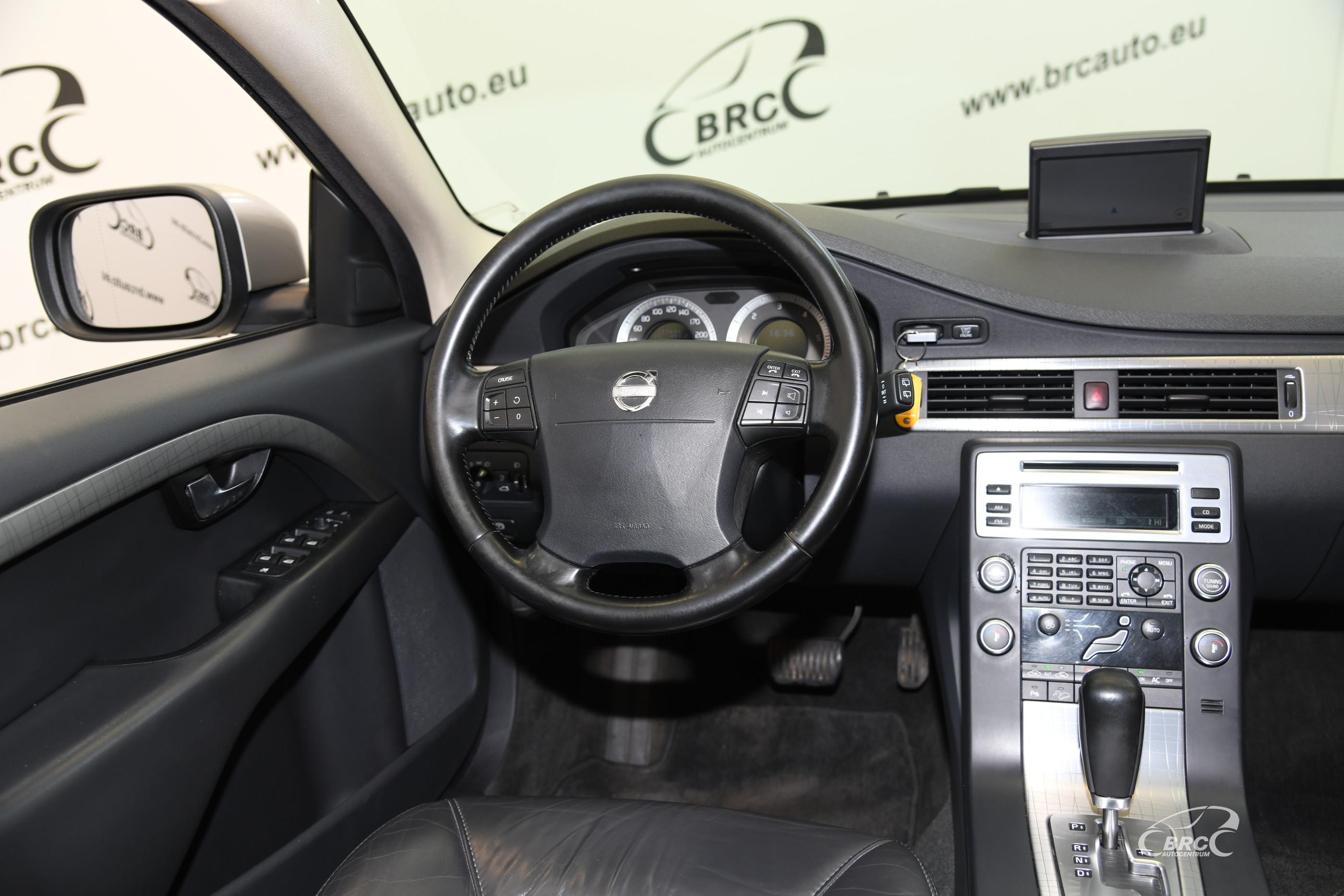 Volvo XC 70 D5 AWD Automatas