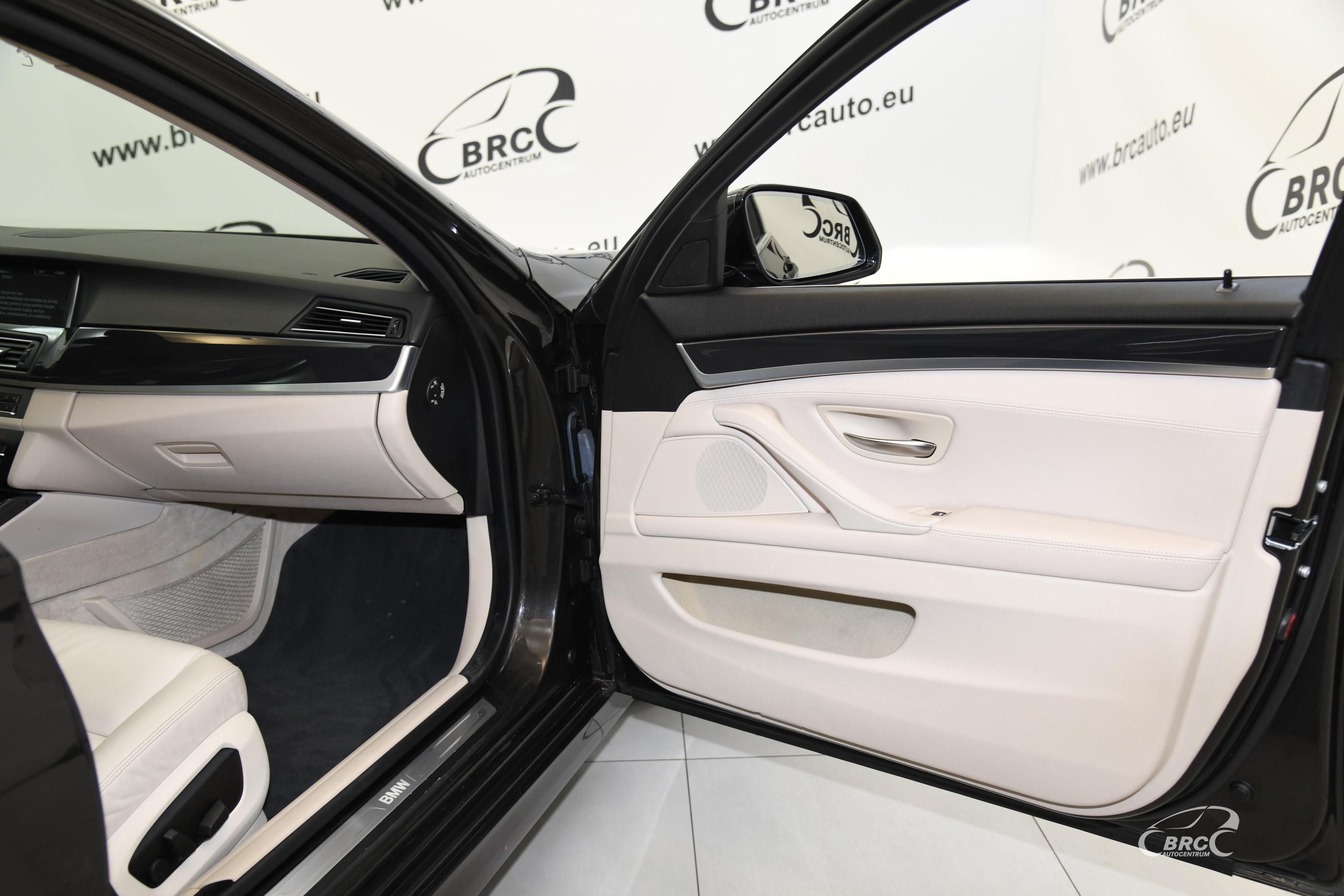 BMW 520 i Modern Line Touring Automatas
