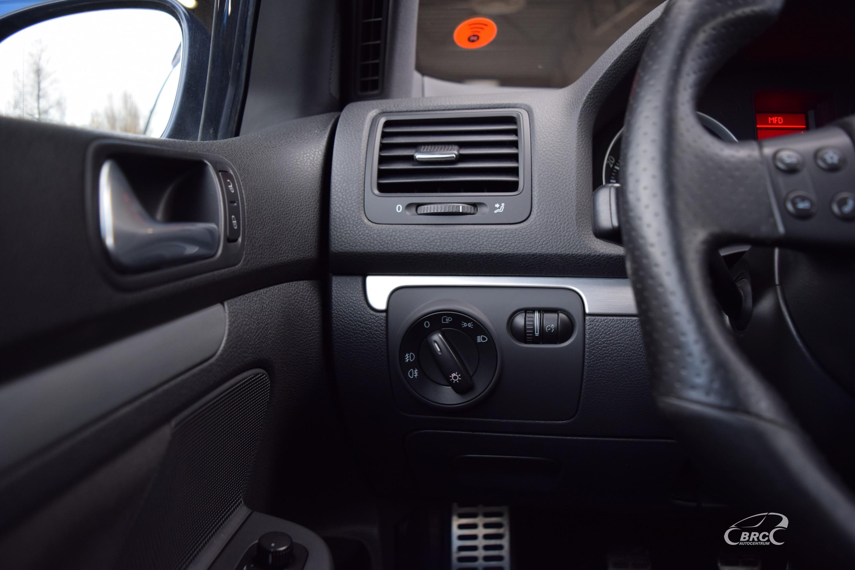 Volkswagen Golf GTI M/T