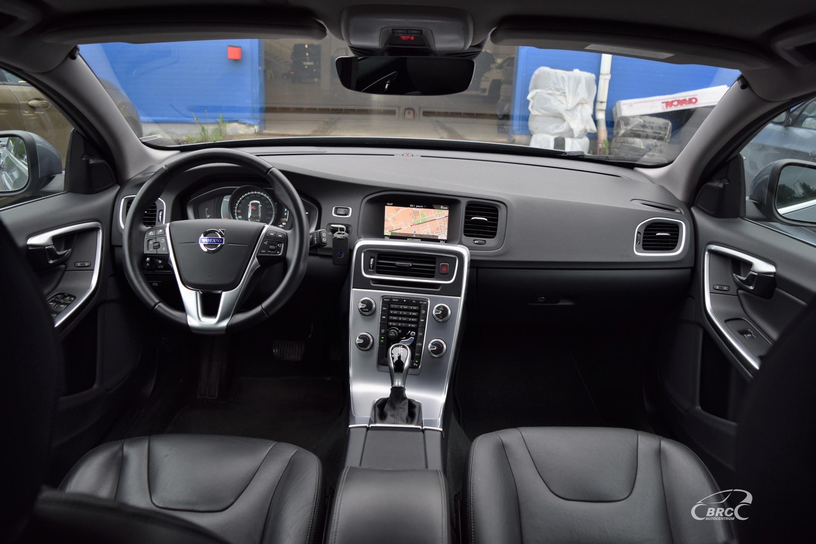 Volvo V60 D3 Momentum A/T