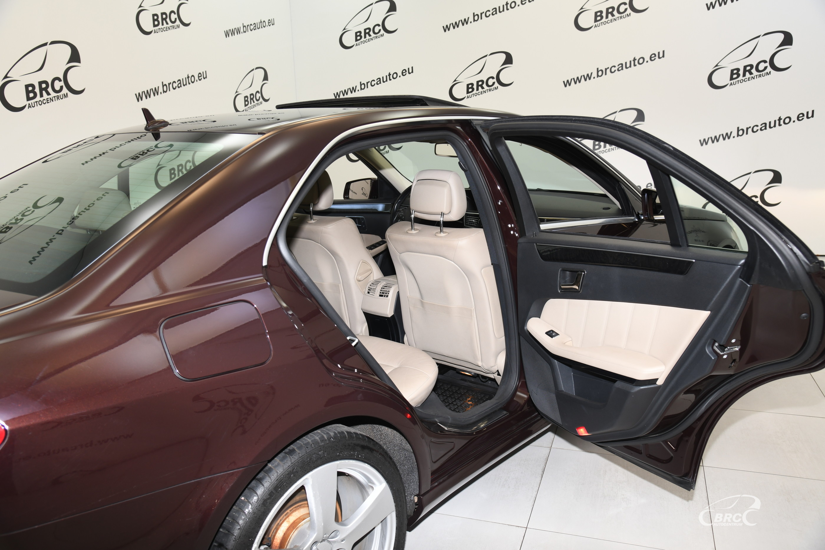 Mercedes-Benz E 350 CDI BlueEFFICIENCY Avantgarde Automatas