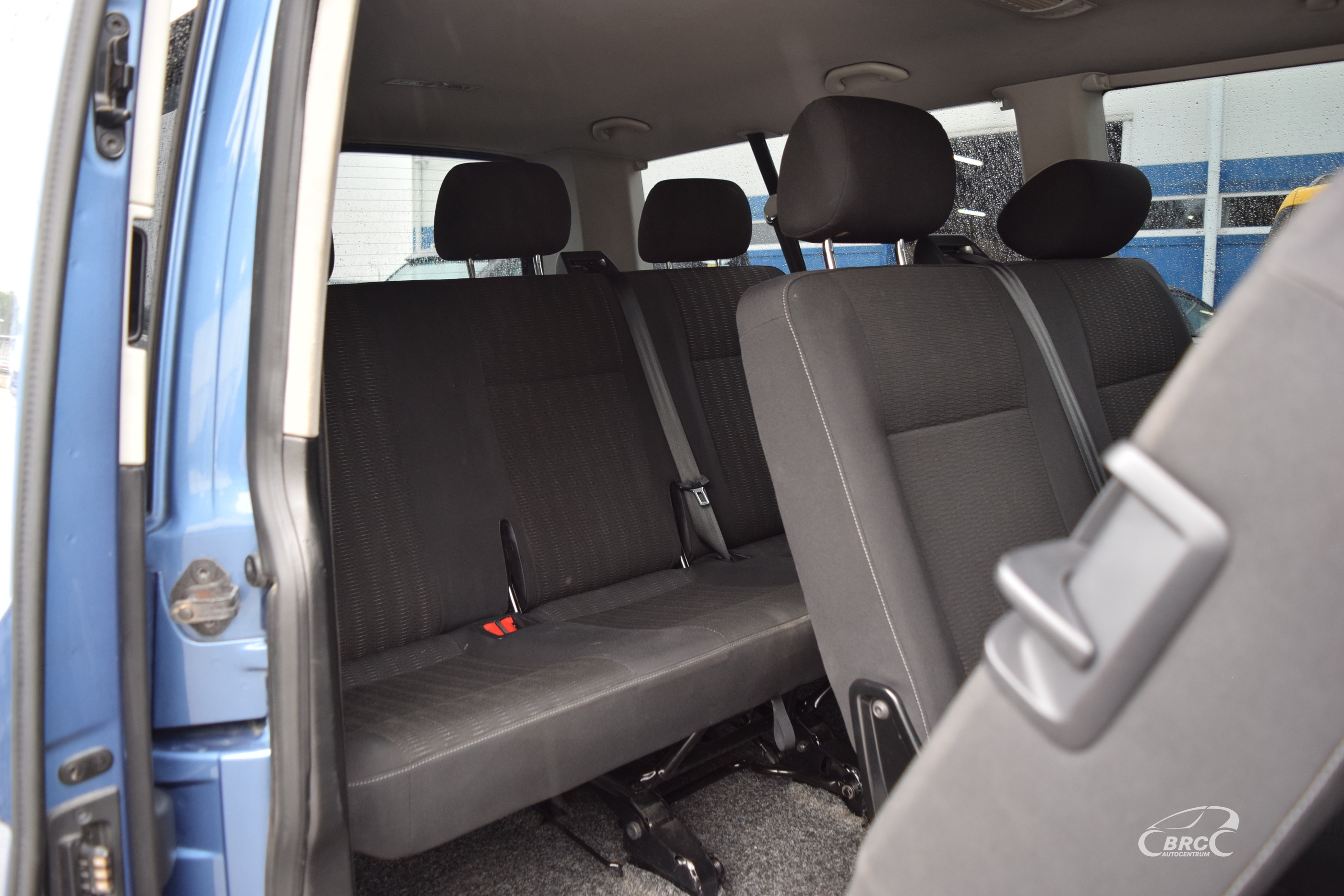 Volkswagen Kombi TDi M/T 9 seats