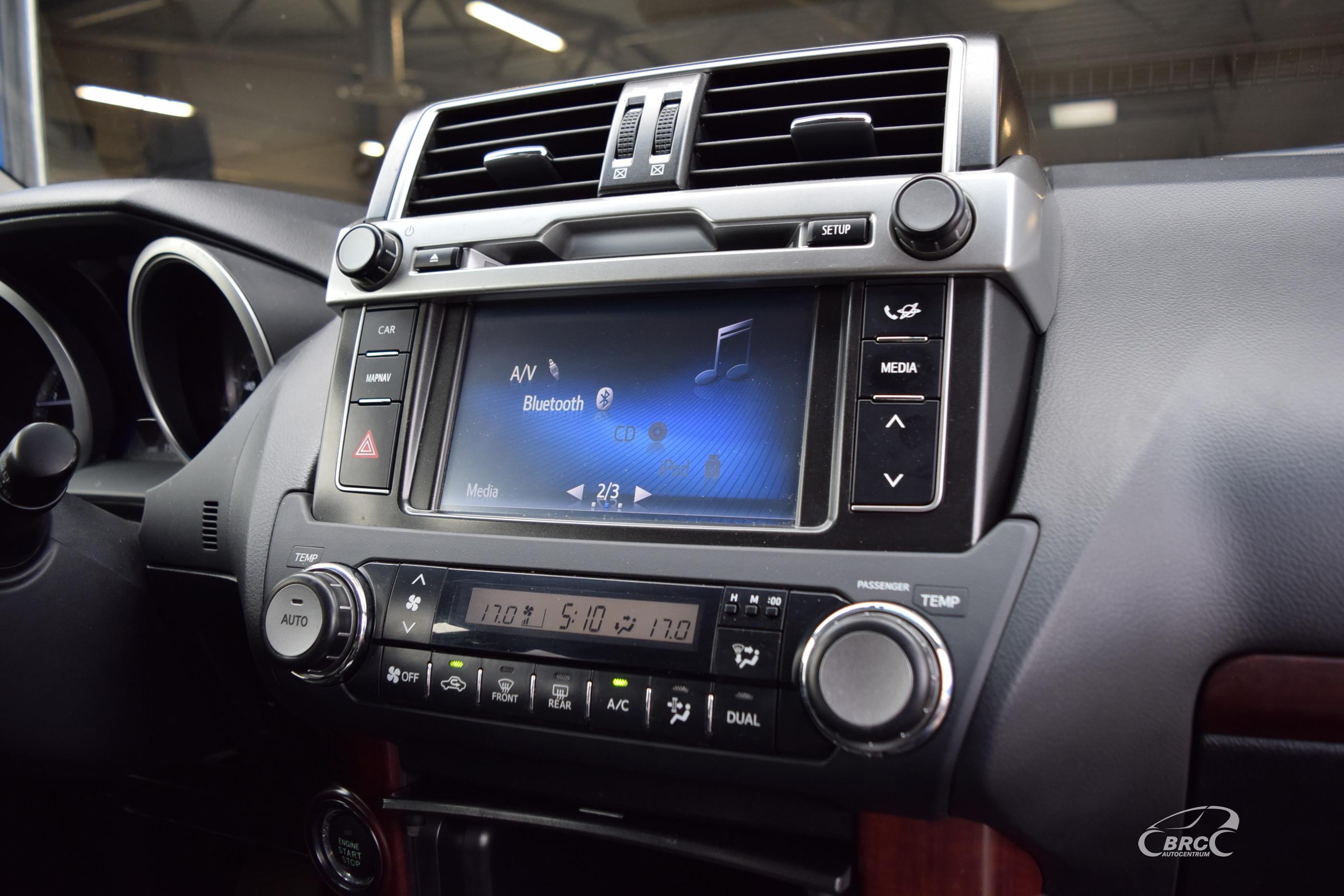 Toyota Land Cruiser D-4D Executive A/T