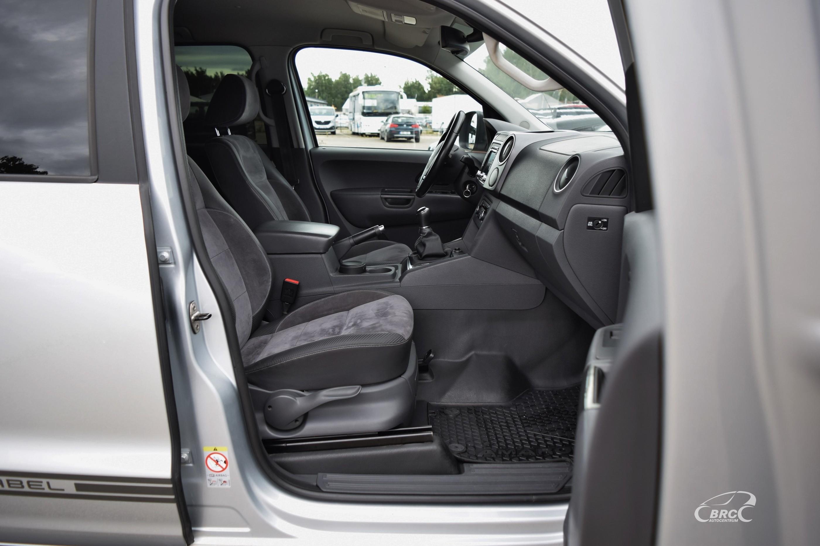 Volkswagen Amarok Dark Label TDi 4Motion M/T