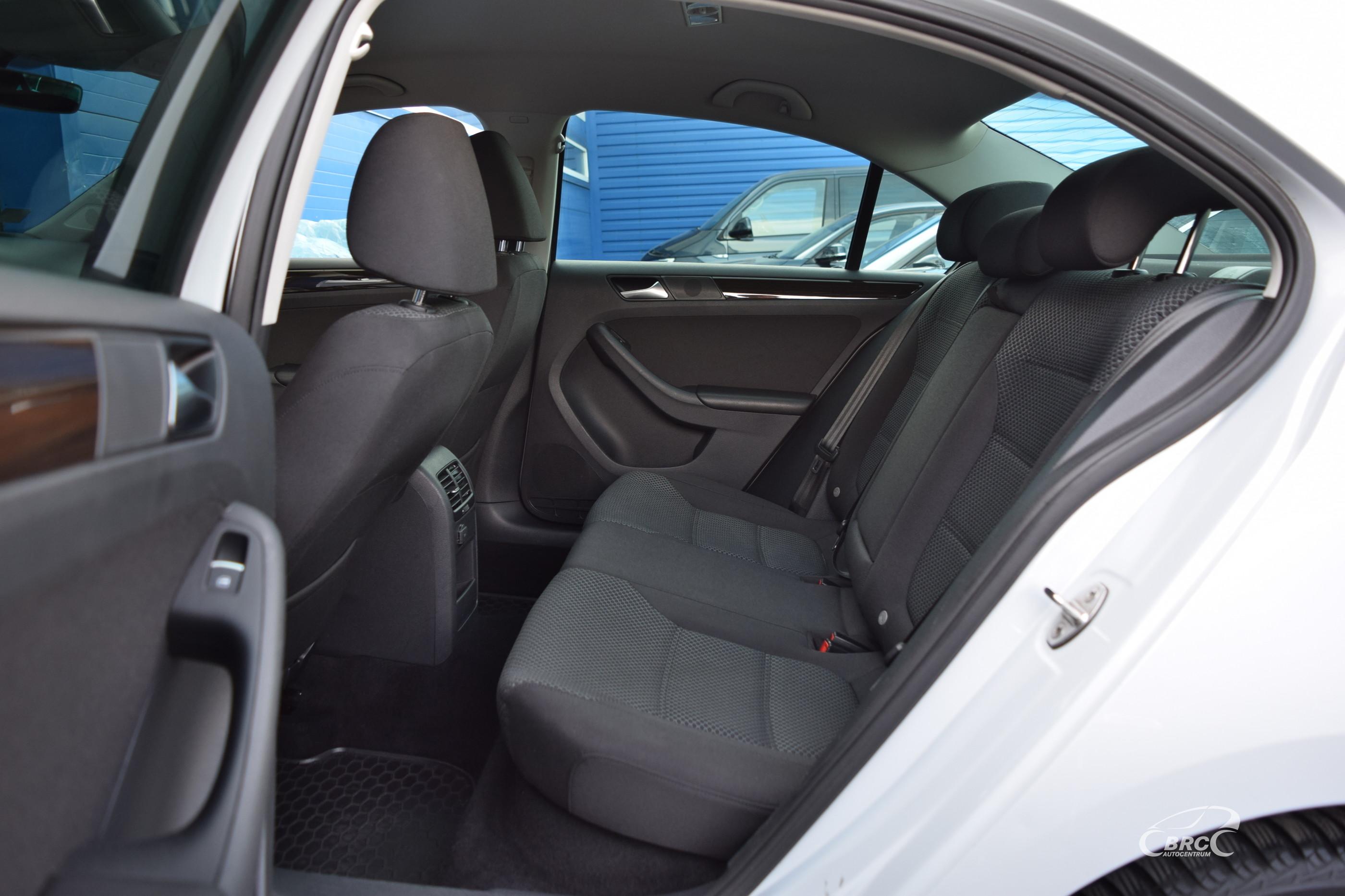 Volkswagen Jetta TSi Bluemotion DSG
