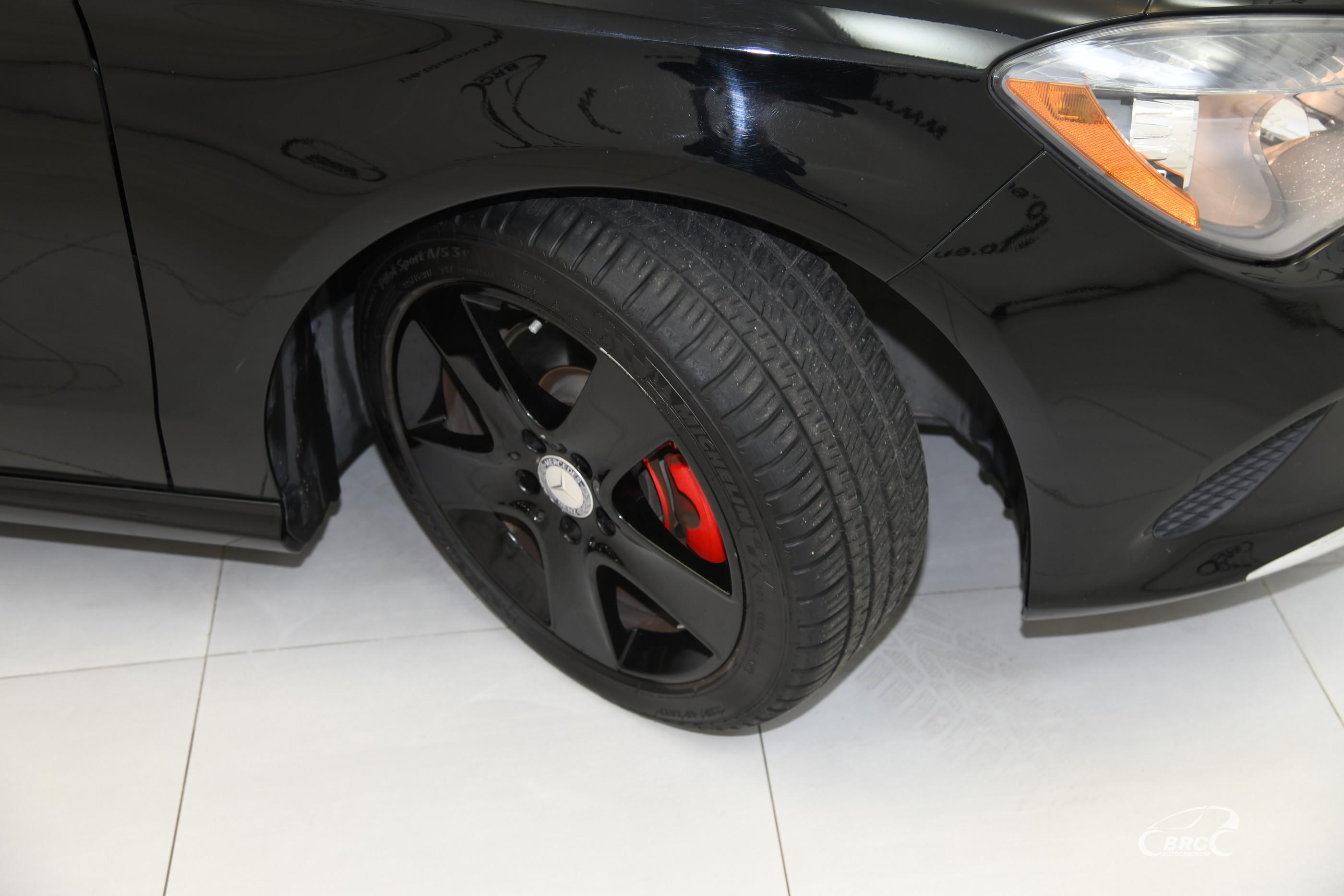 Mercedes-Benz CLA 250 Avantgarde Automatas