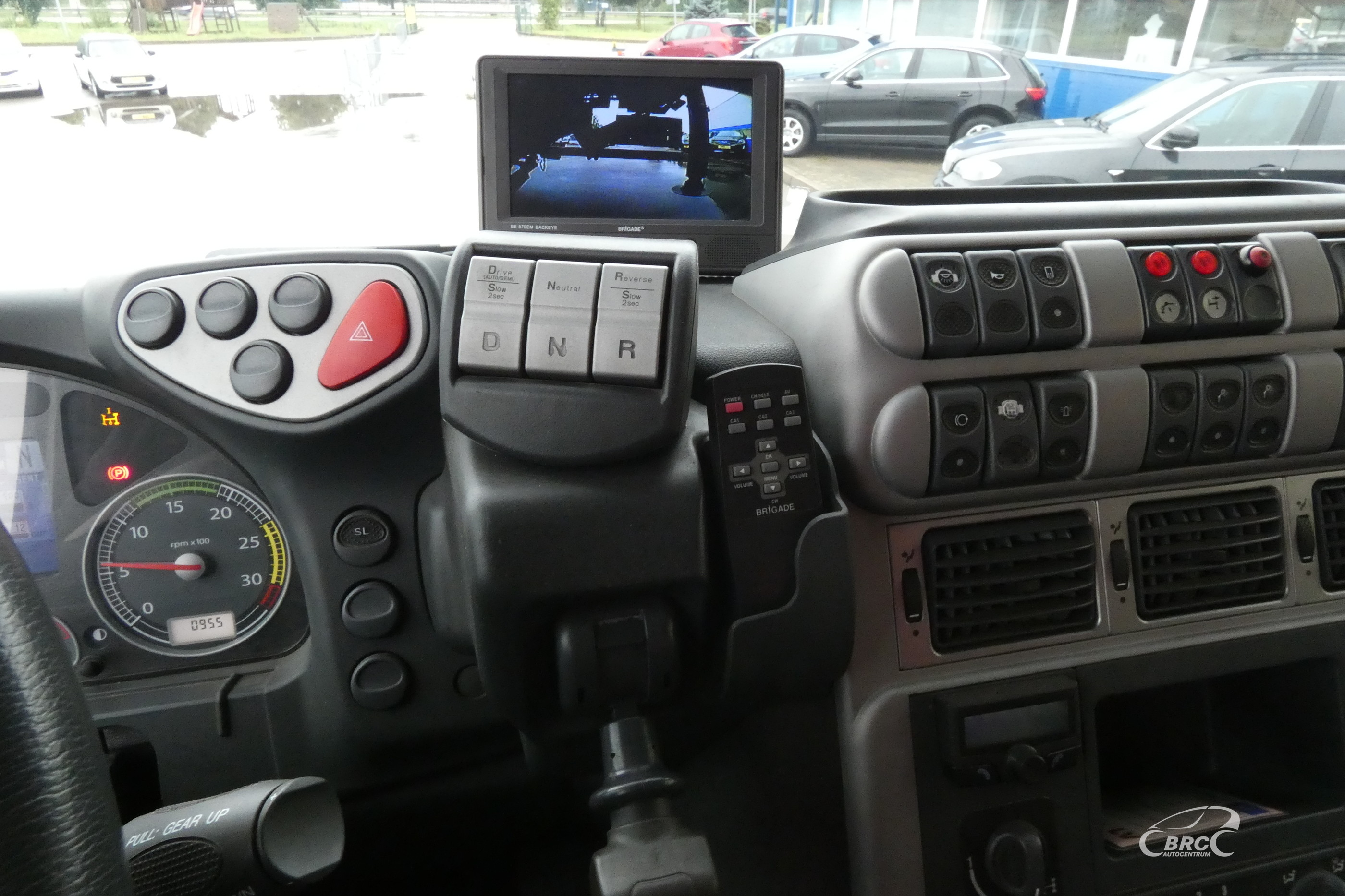 Iveco AT 190 S3, ar     krānu