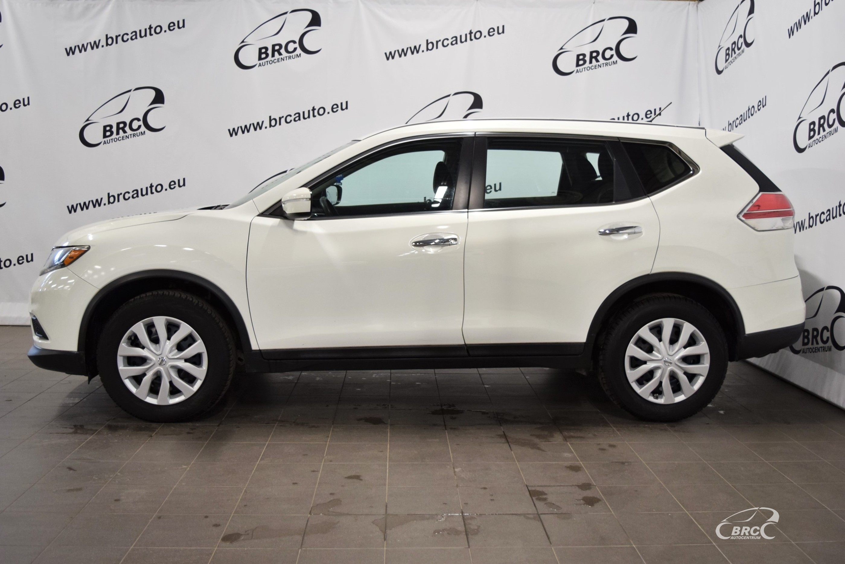 Nissan Rogue AWD A/T