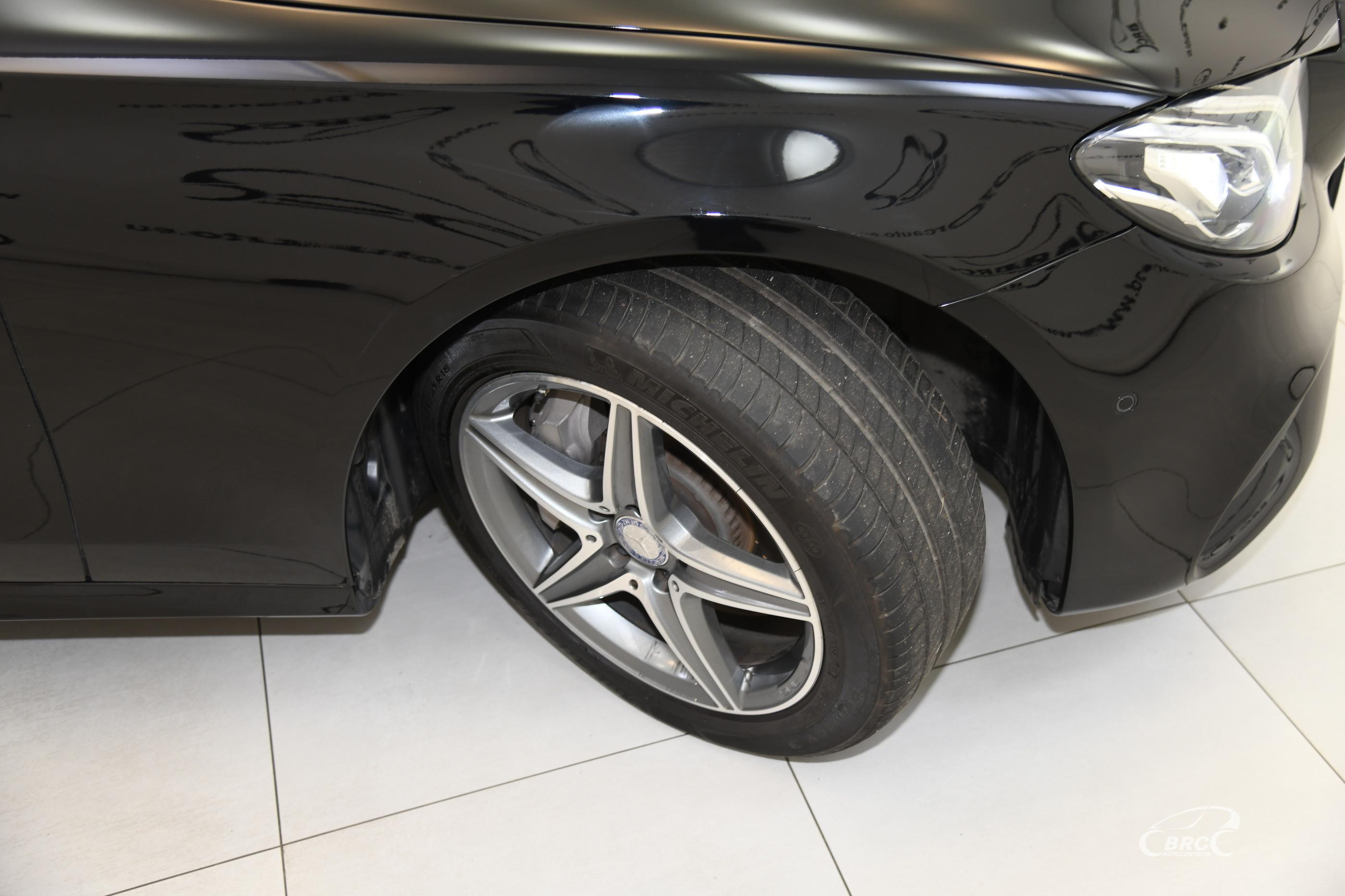 Mercedes-Benz E 300 Automatas
