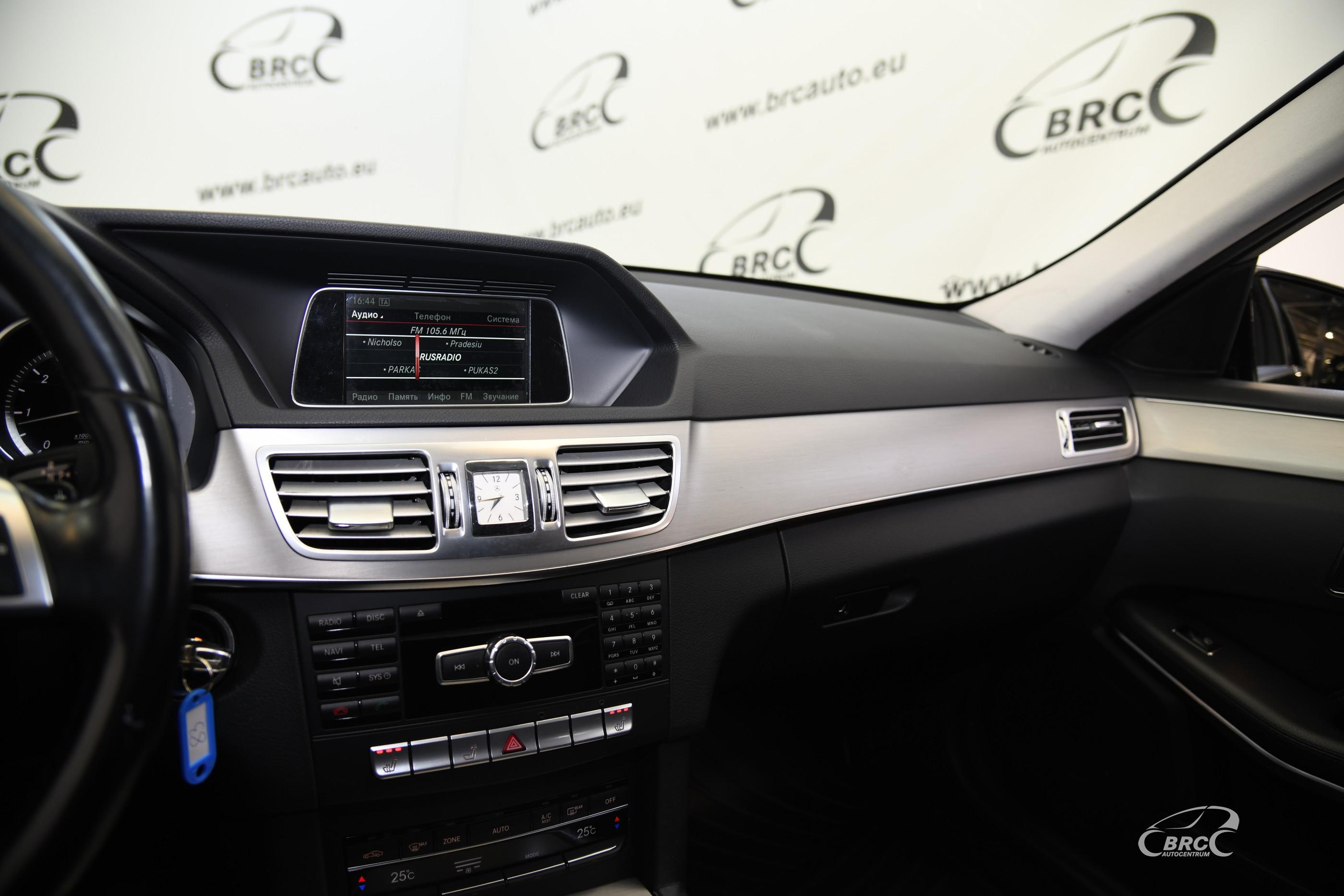 Mercedes-Benz E 300 BlueTEC HYBRID Wagon Automatas