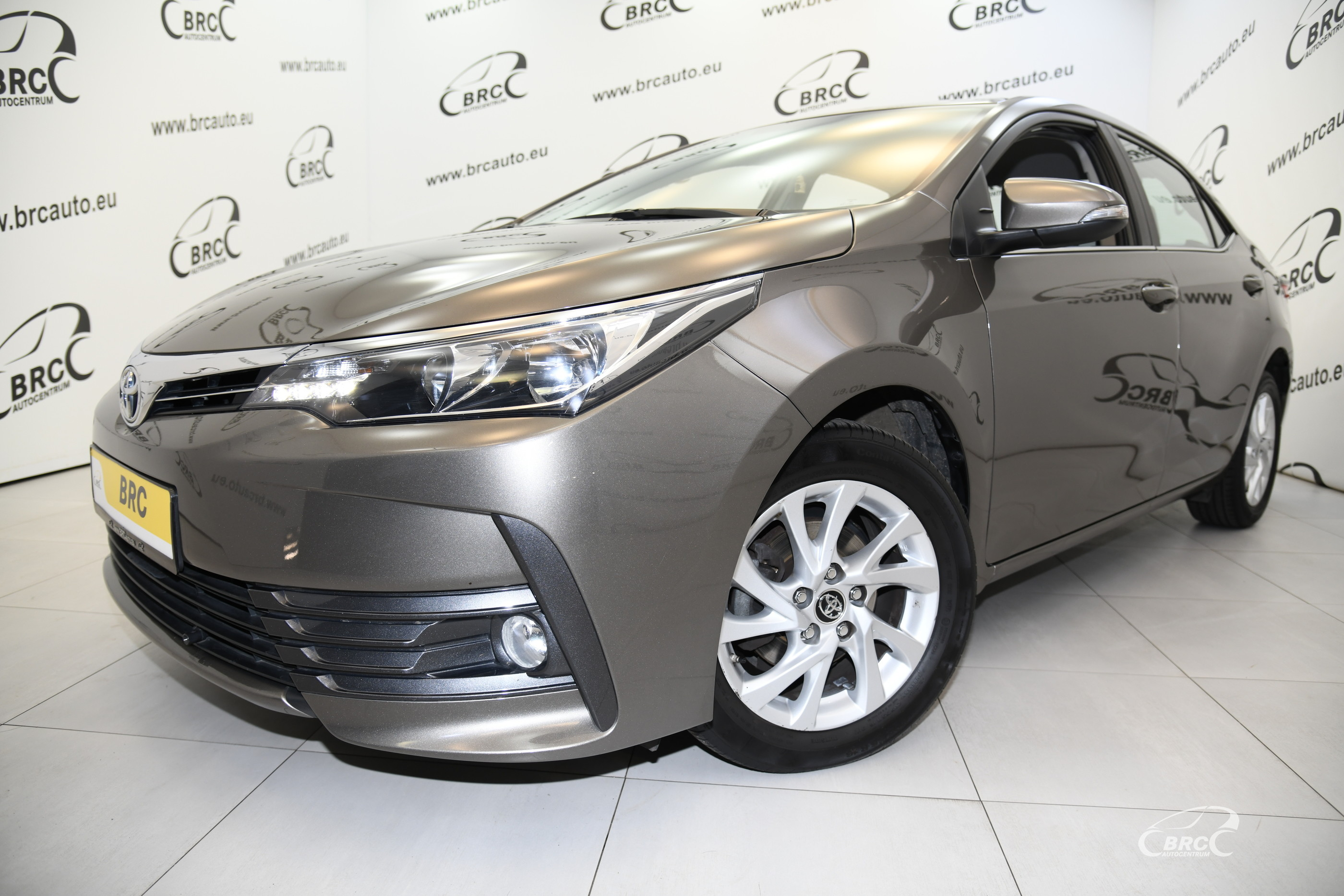 Toyota Corolla 1.6 Valvematic Active M