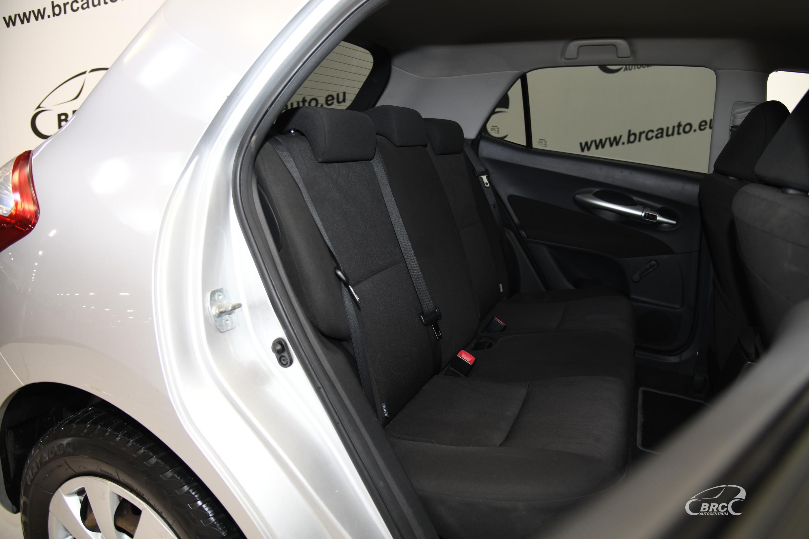 Toyota Auris 1.4 D4-D