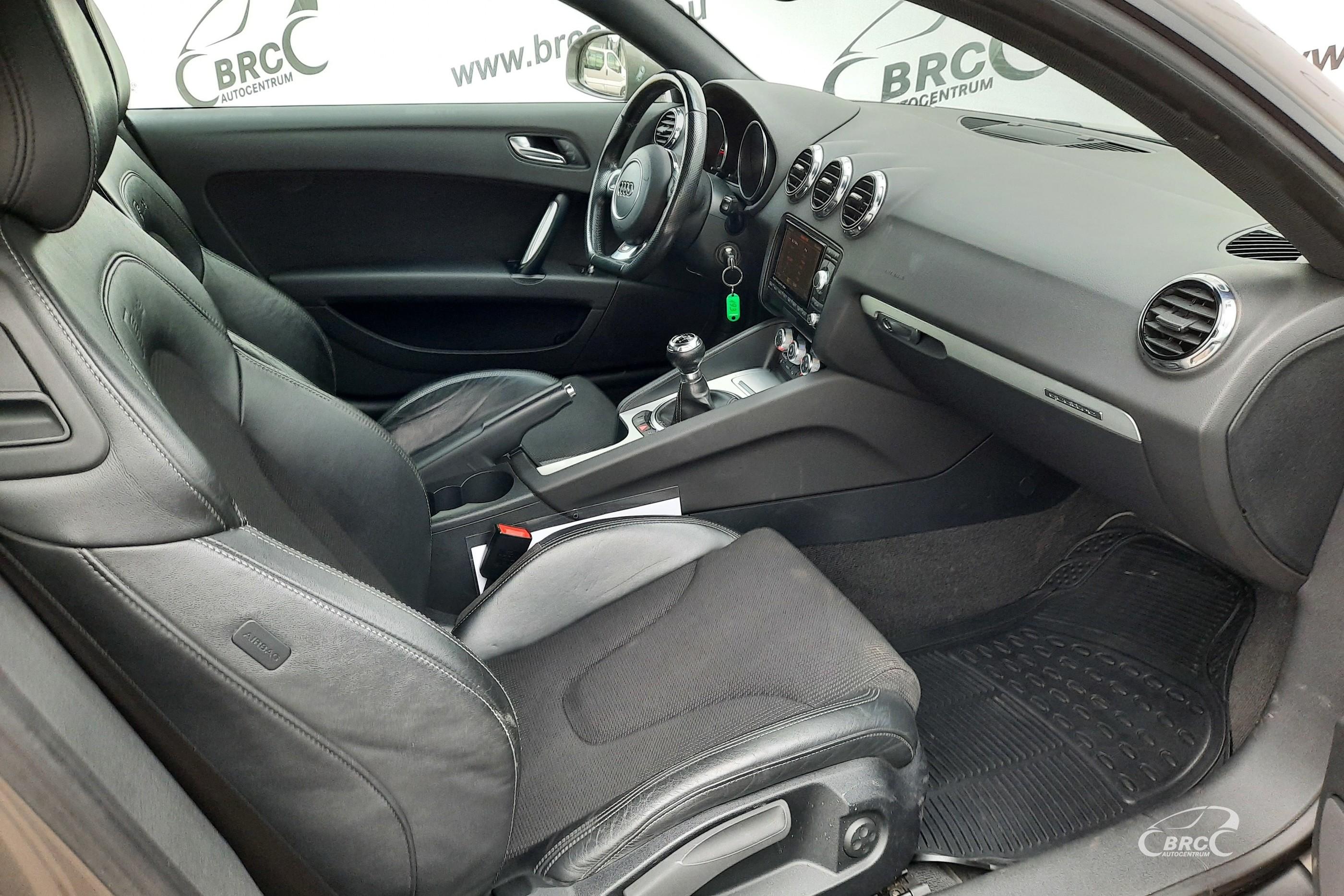 Audi TT 2.0 TDI S-Line Quattro