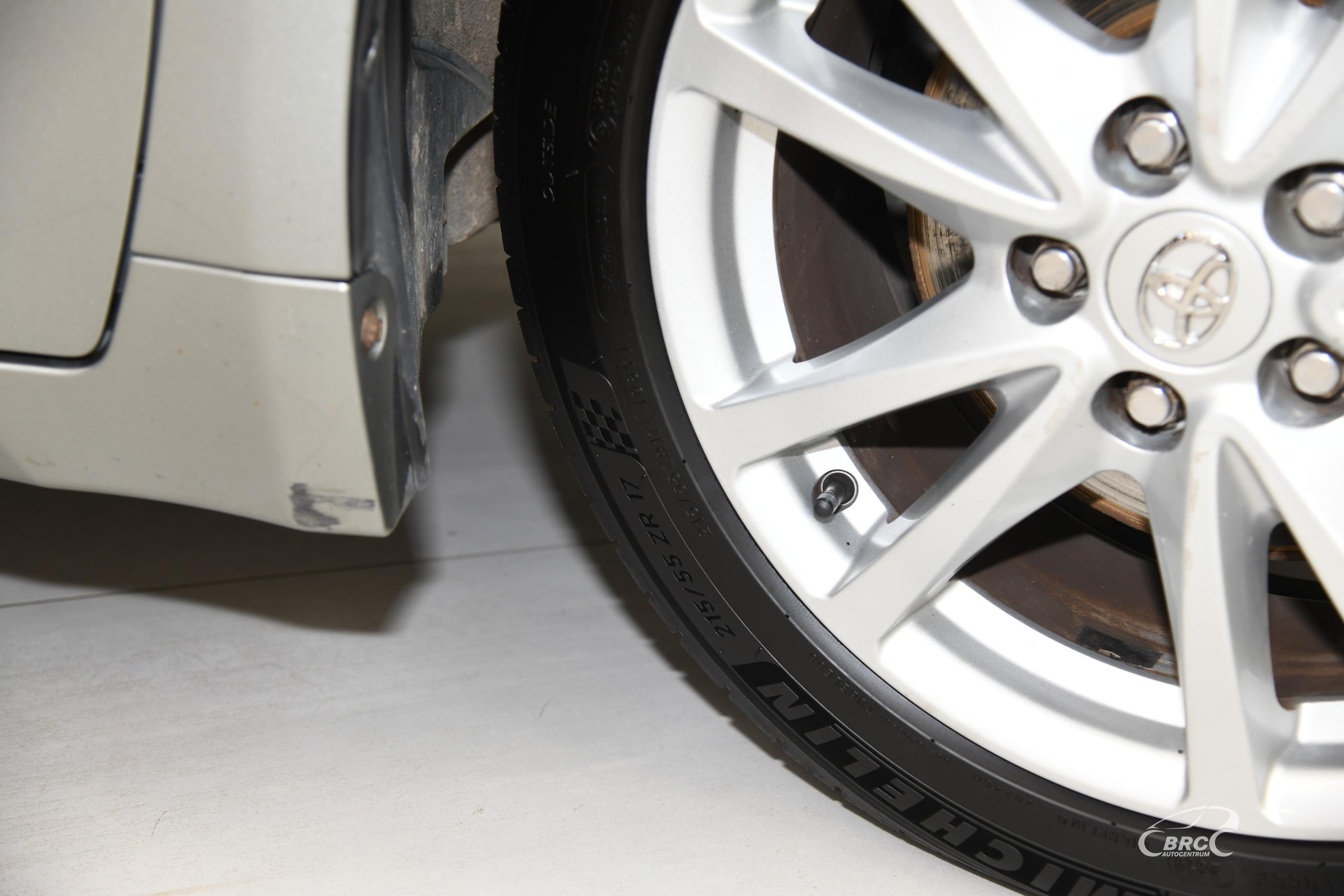 Toyota Avensis 2.0 VVT-i Linea Sol Style