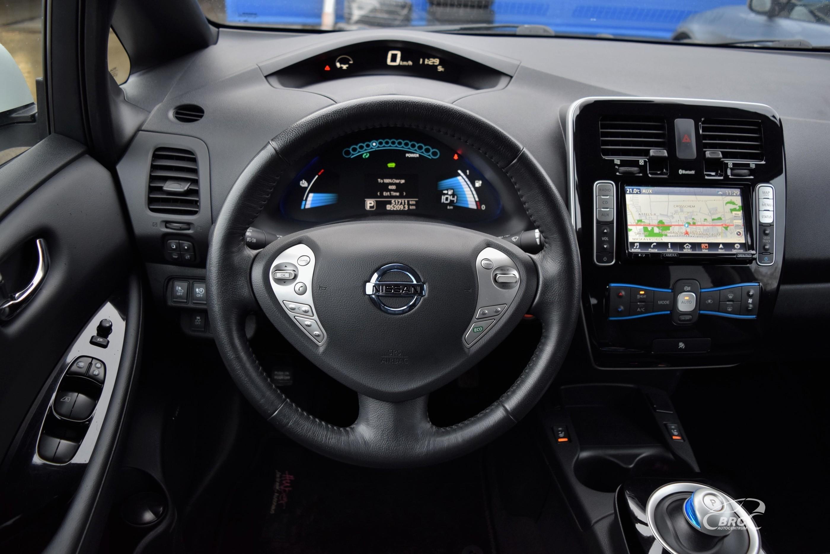Nissan Leaf Zero Emission 30KWH
