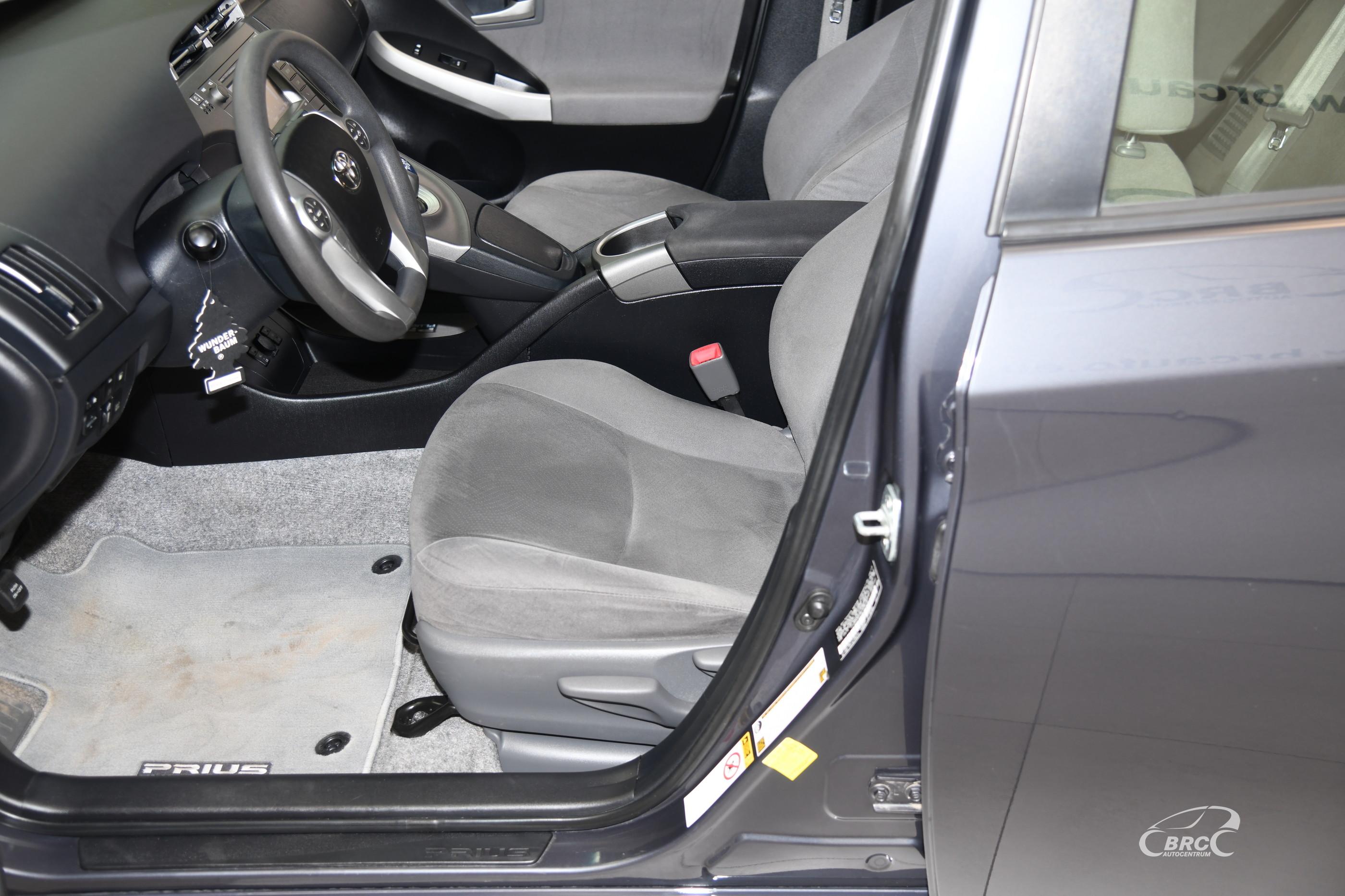 Toyota Prius 1.8i Plug-In Hybrid Automatas