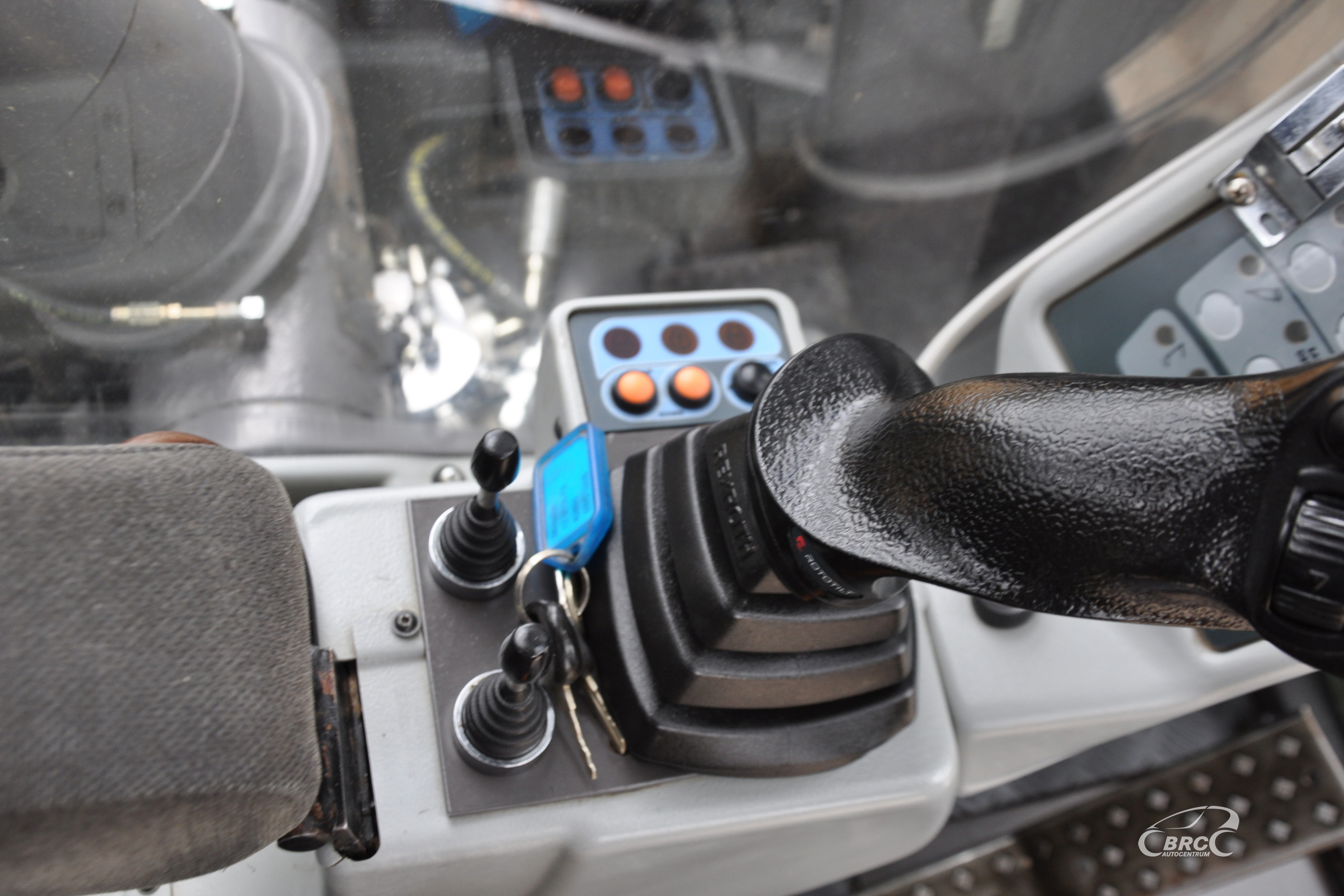 Mecalac 12MTX Rototilt