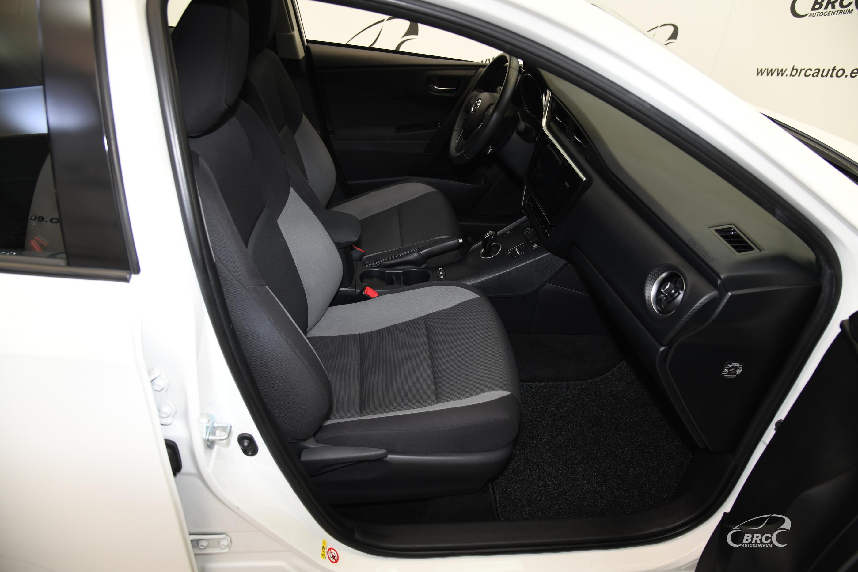 Toyota Auris 1.8 Hybrid Automatas