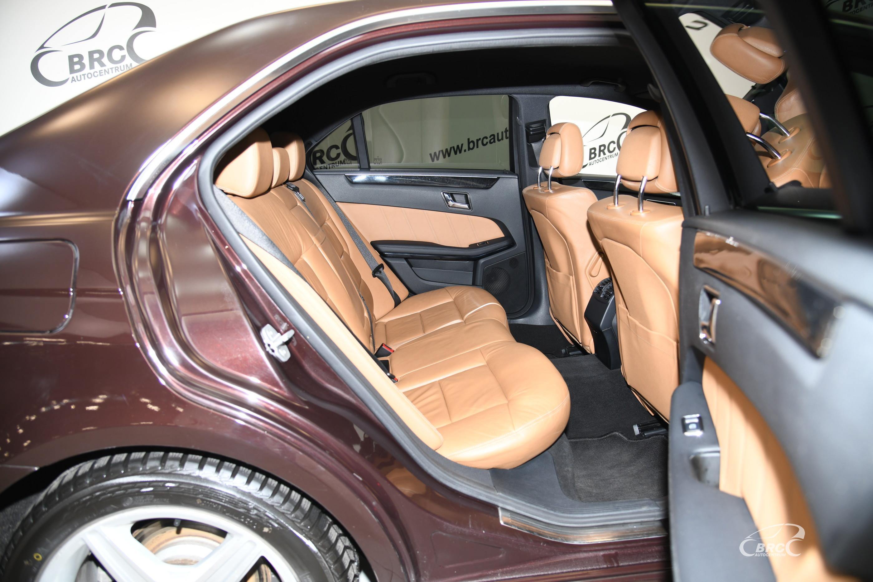 Mercedes-Benz E 220 CDI Avantgarde Automatas
