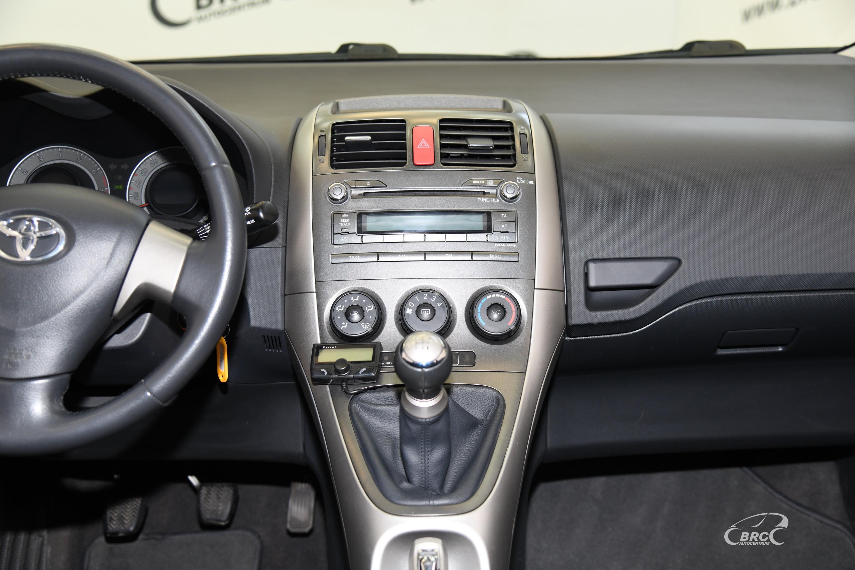 Toyota Auris 1.6i VVT-i